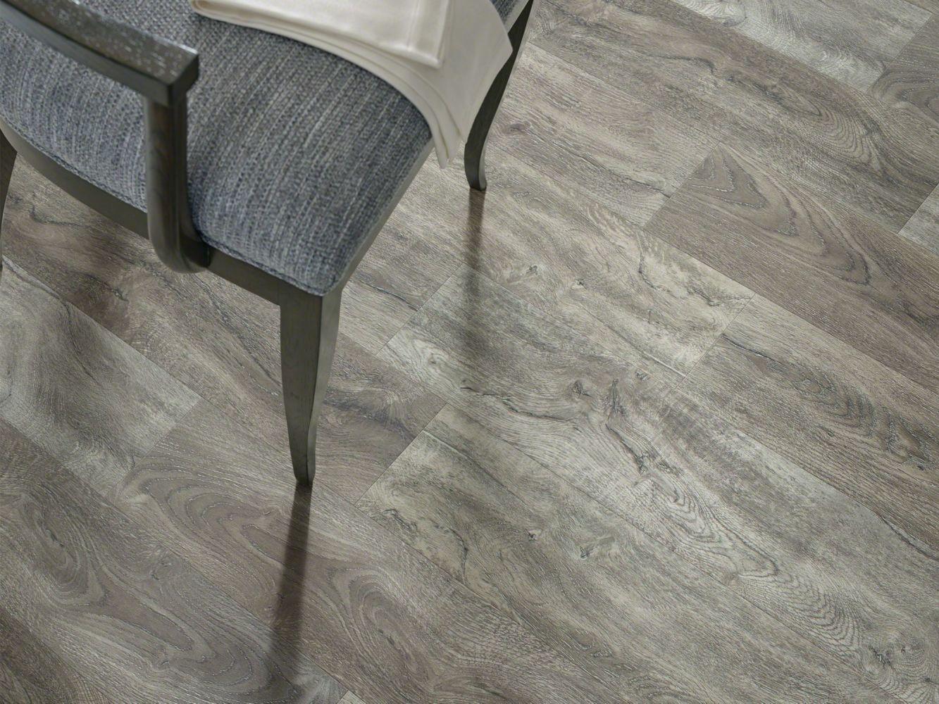 Shaw Floors Resilient Residential Mojave HD Plus Giardino 05049_0461V