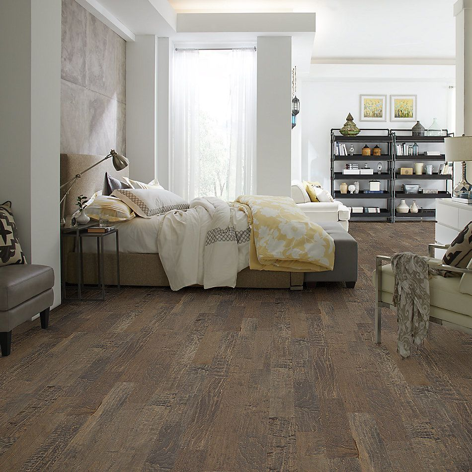Shaw Floors Home Fn Gold Hardwood Mackenzie Maple 2 -6 3/8 Timberwolf 05002_HW605