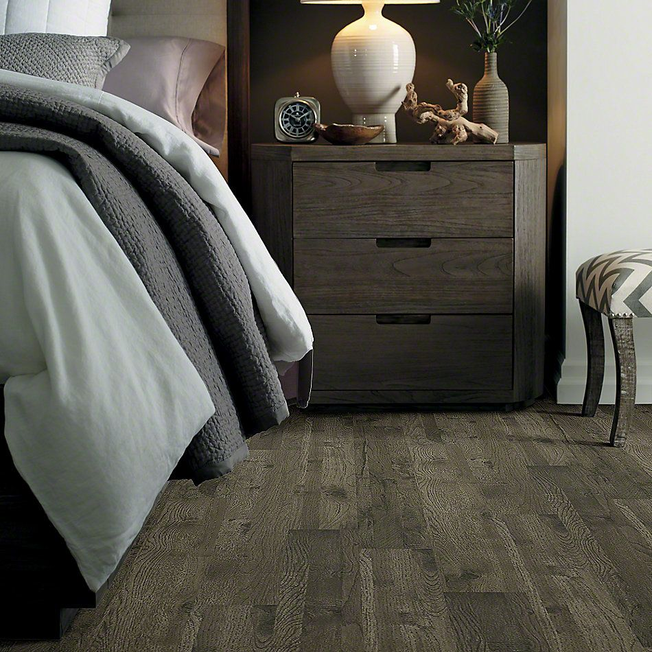 Shaw Floors Versalock Laminate Riverview Hickory Barrington Hckry 05002_SL367