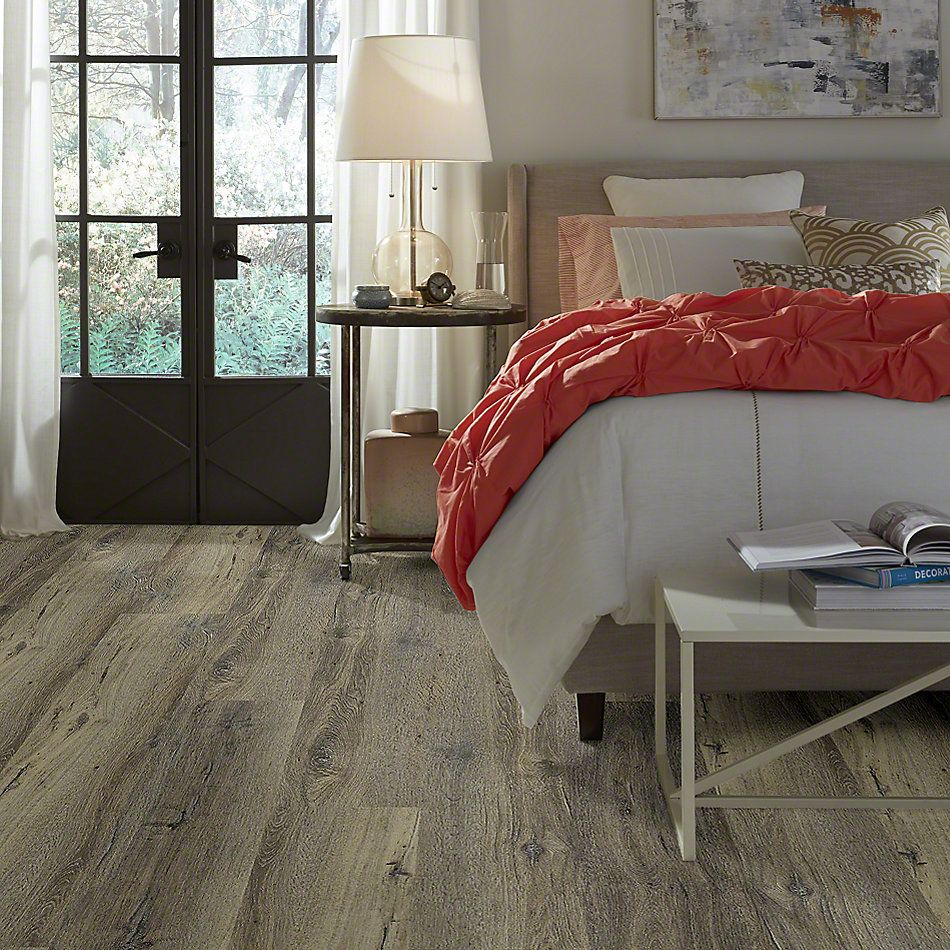 Shaw Floors Contest Sandy Oak 05005_SMR03