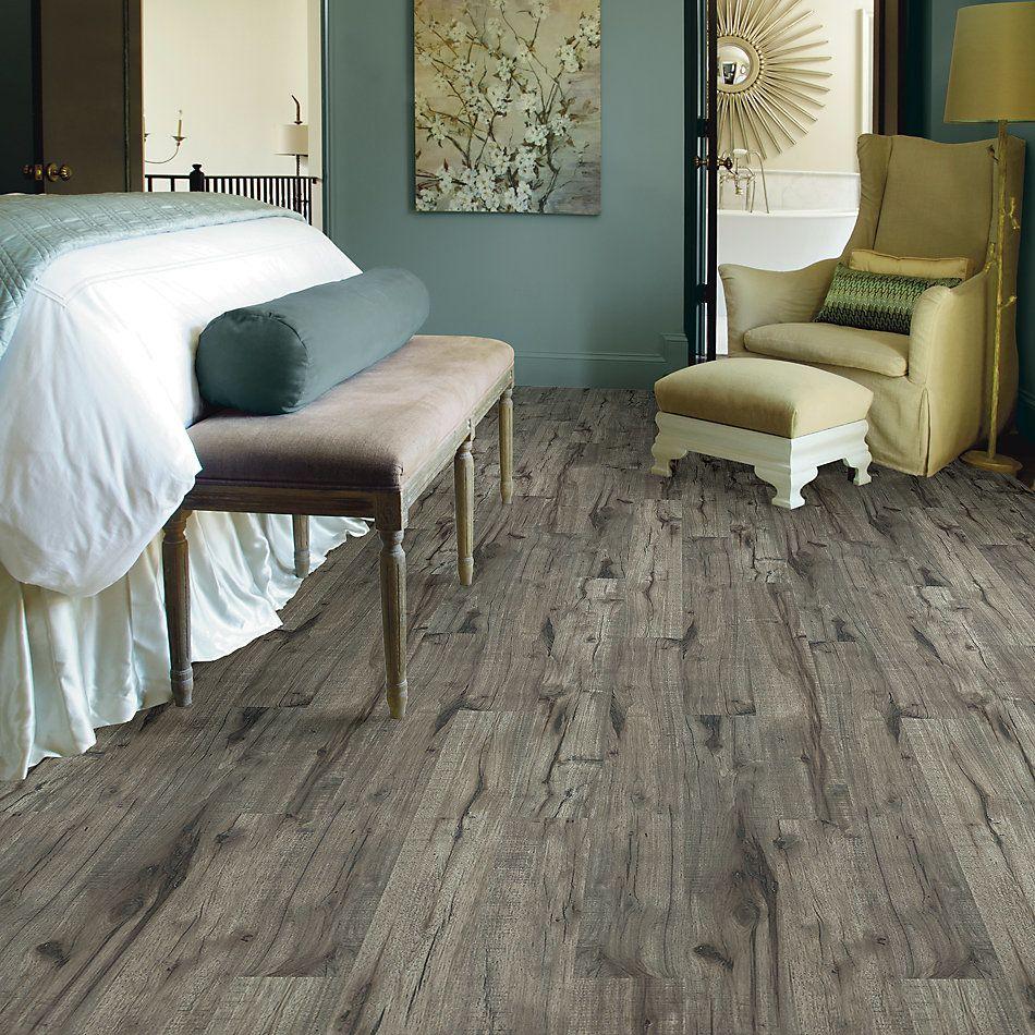 Shaw Floors Versalock Laminate Commend Weathrd Hckry 05011_SML03