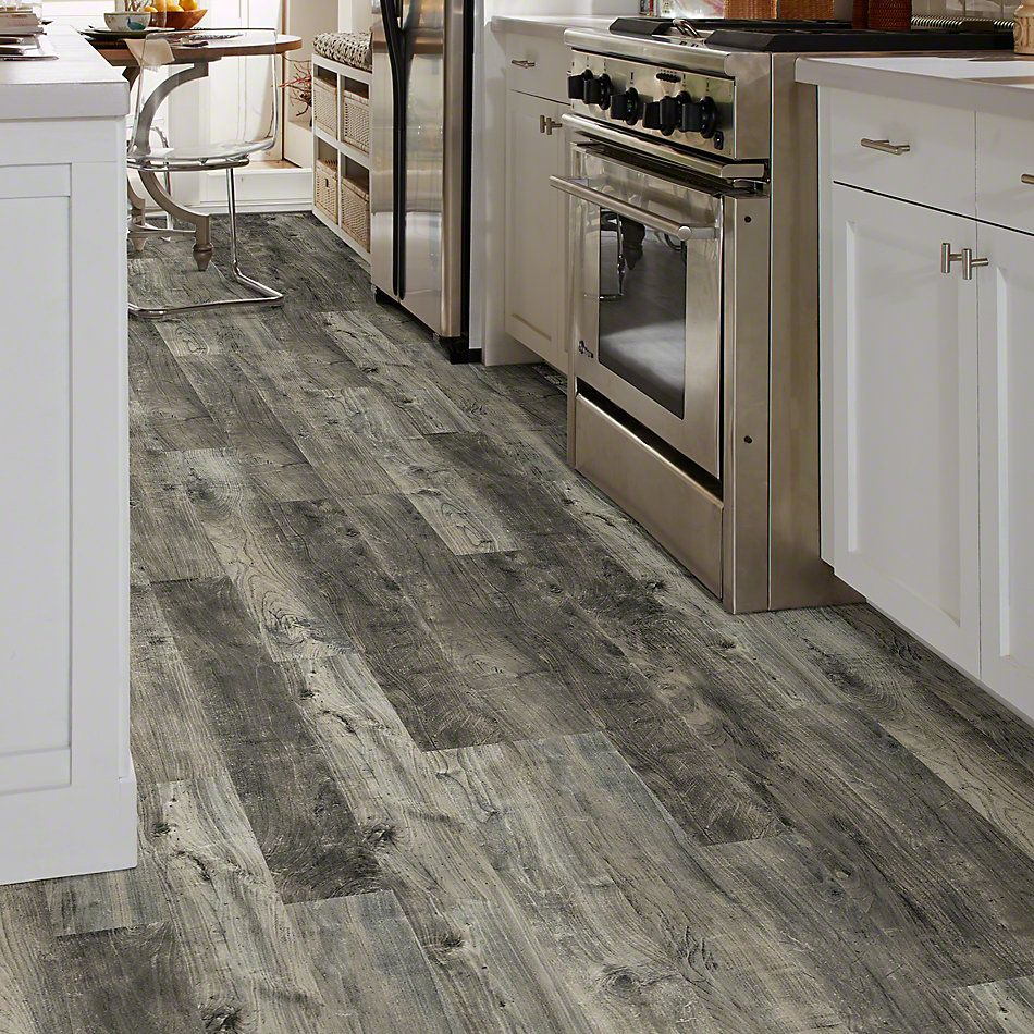 Shaw Floors Versalock Laminate Kings Cove Outpost Grey 05030_SL382