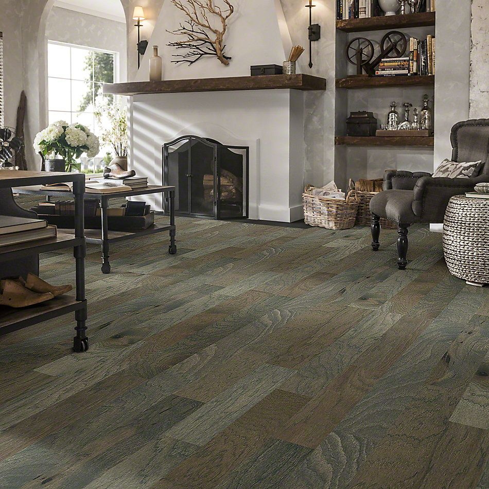 Shaw Floors Shaw Hardwoods Consign Greystone 05054_SMW10