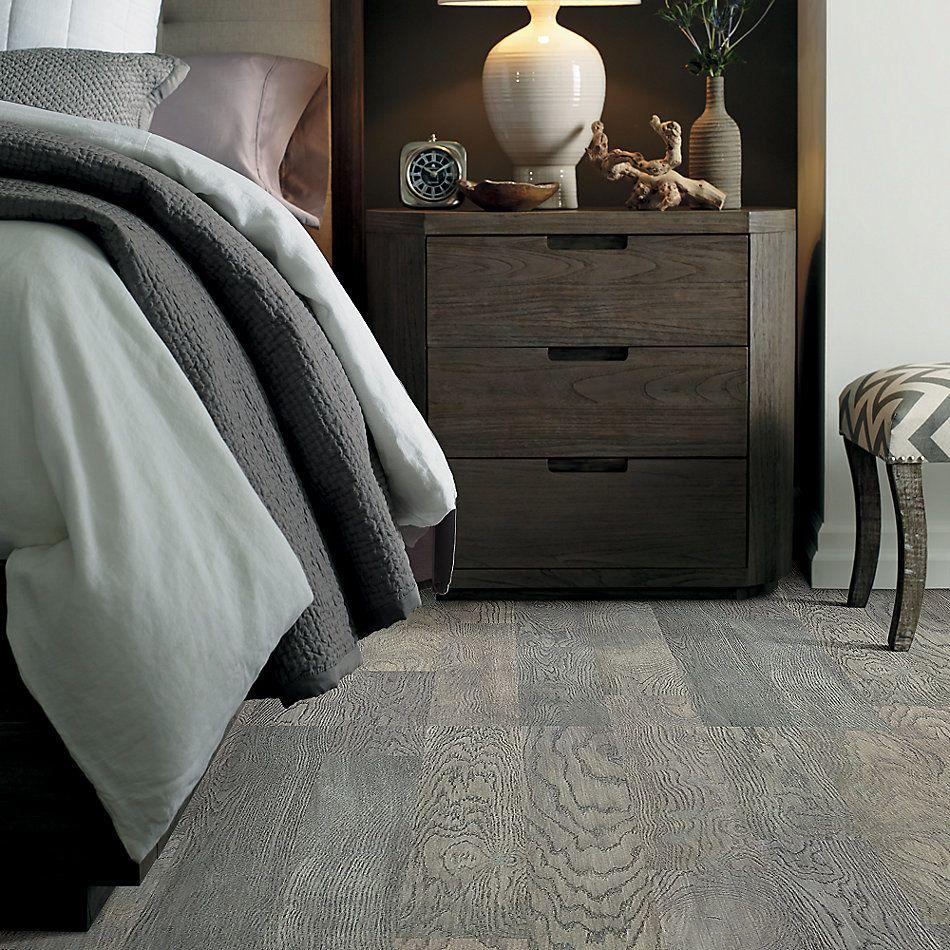 Shaw Floors Fischer Homes Oakmoss Slate 05056_FSH43