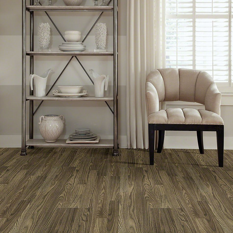 Shaw Floors Versalock Laminate Classic Concepts Regal Oak 07027_SL111
