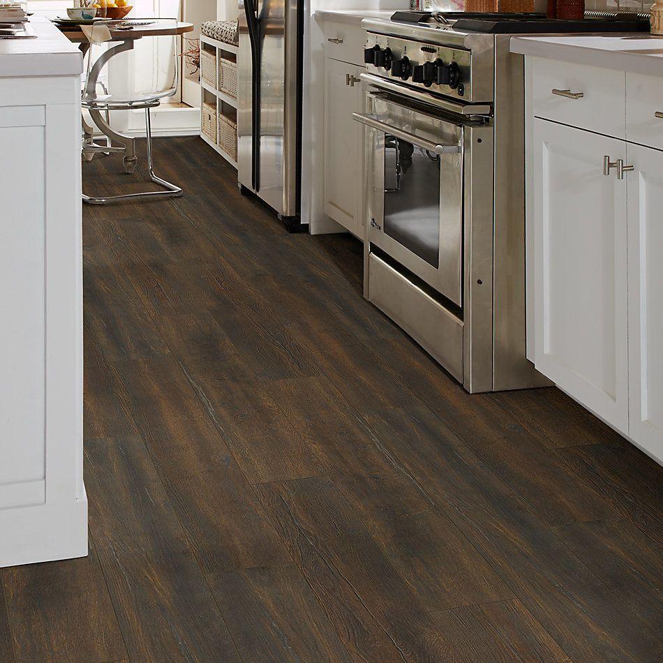 Shaw Floors Home Fn Gold Laminate Kingsbay Dark Bronze 07033_HL103