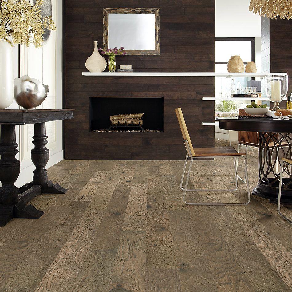 Shaw Floors Home Fn Gold Hardwood Flat Iron 6 3/8 Hide 07069_HW712
