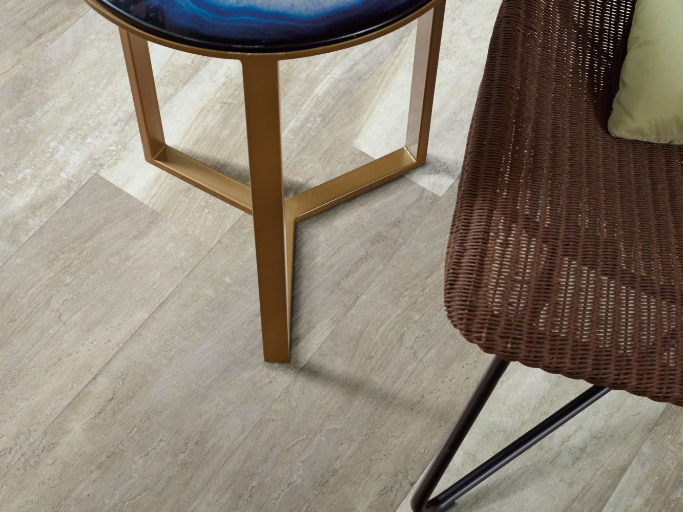 Shaw Floors Resilient Residential Endura Plus Alabaster Oak 00117_0736V