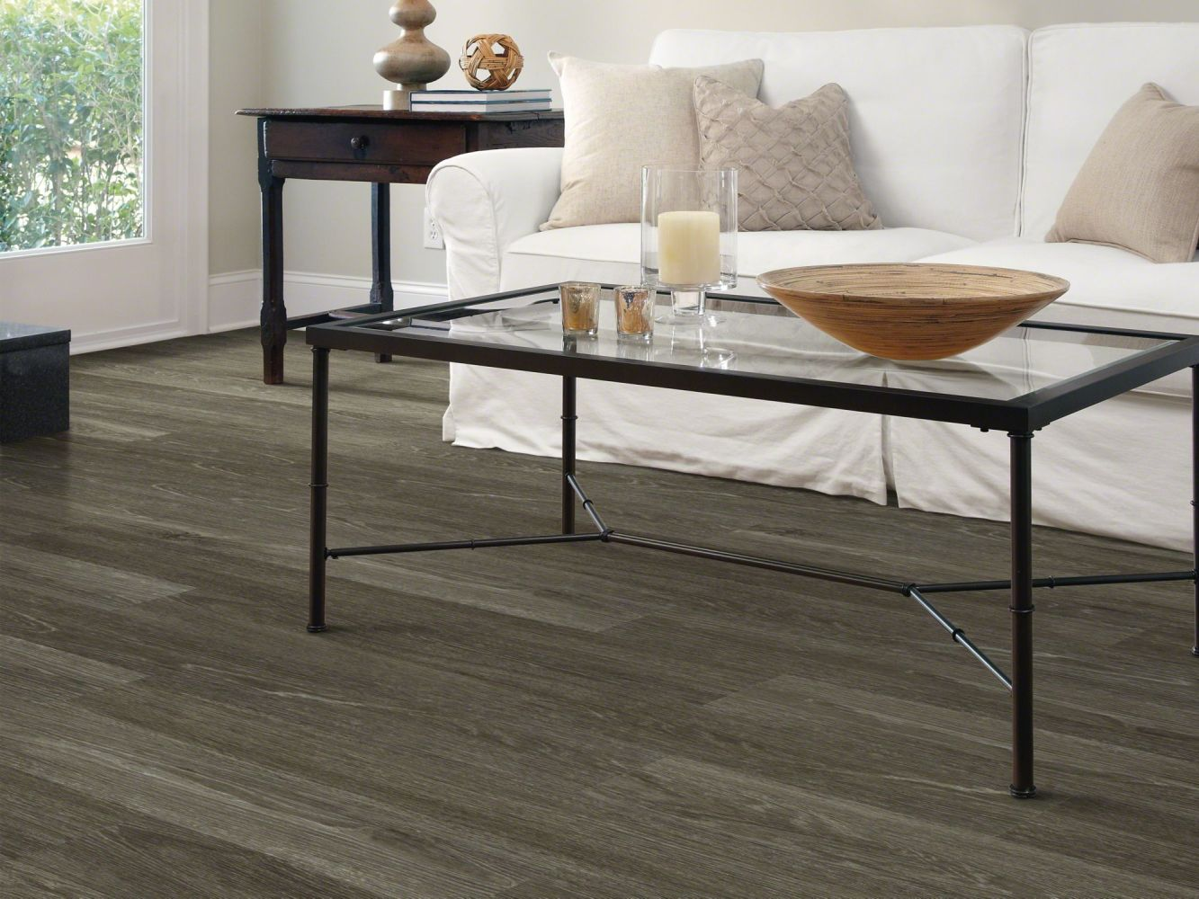 Shaw Floors Vinyl Residential Uptown Now 12 Michigan Ave 00564_0832V