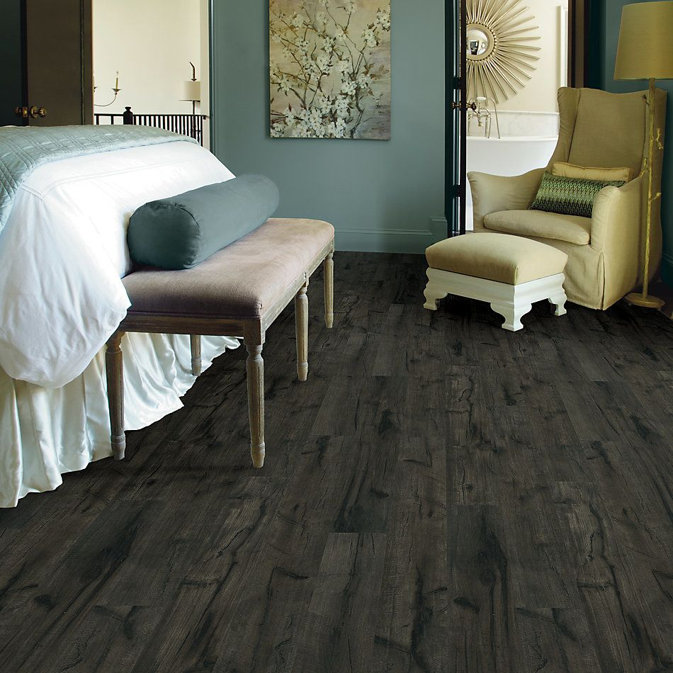 Shaw Floors Home Fn Gold Laminate Treasure Cove Midnight Hckry 09001_HL378