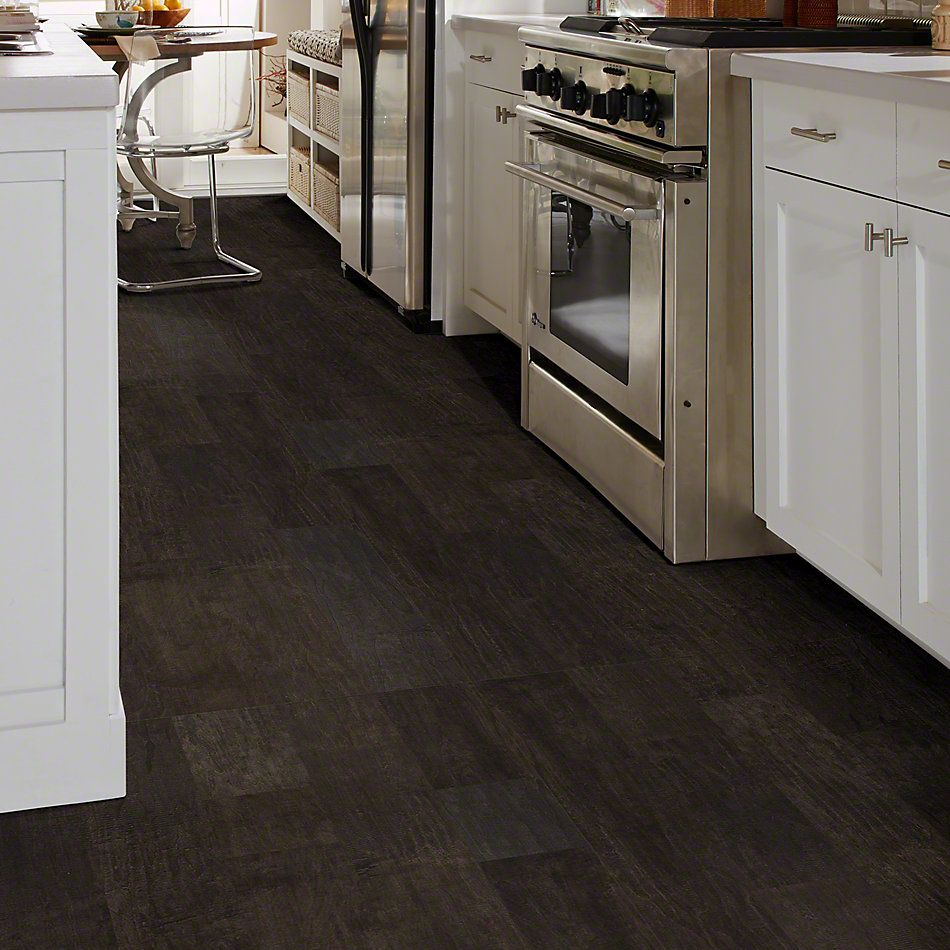 Shaw Floors Shaw Hardwoods Yukon Maple 6 3/8 Midnight 09003_SW548