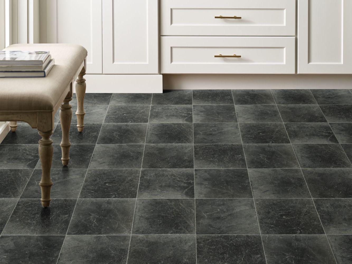 Shaw Floors Resilient Residential Cottage Chic Pepper 00405_1048V