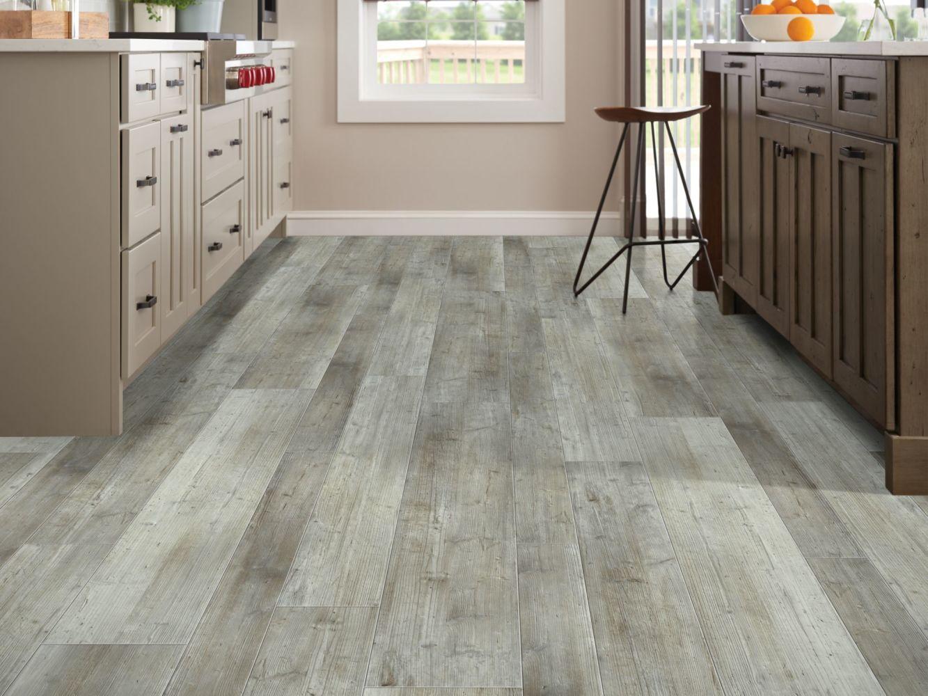 Shaw Floors Reality Homes Fremont Mixed Distinct Pine 05039_108RH