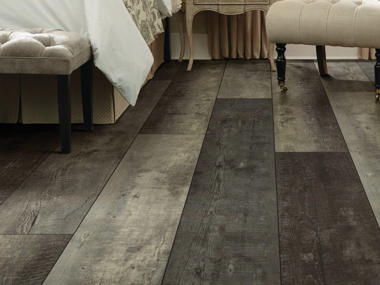 Shaw Floors Vinyl Residential Titan HD Plus Arcadia Barnboard 05051_2002V