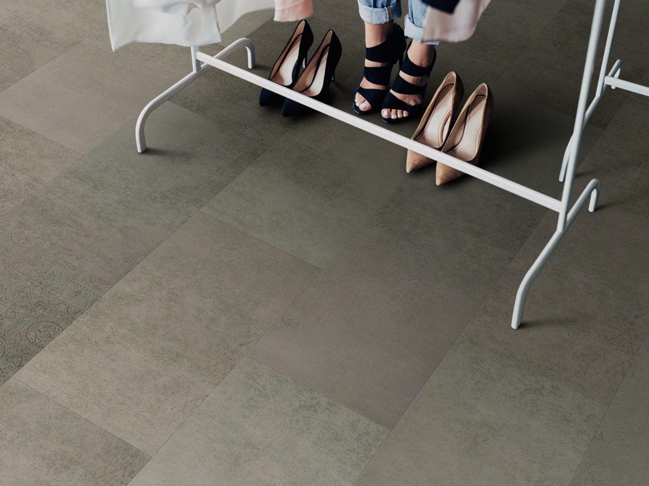 Shaw Floors Vinyl Residential Intrepid Tile Plus Bluff 00588_2026V