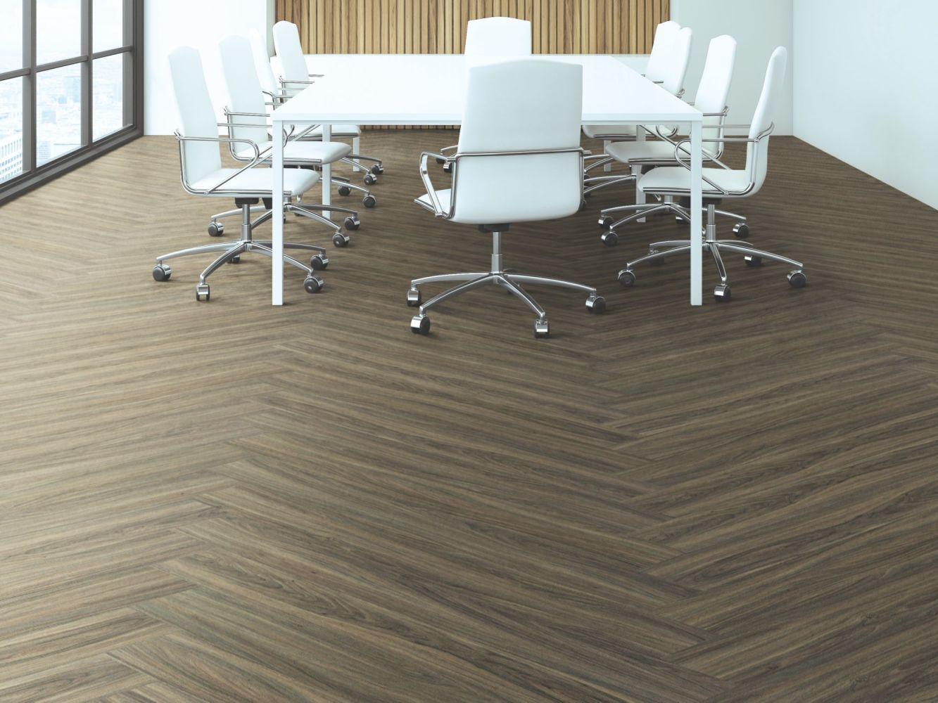 Philadelphia Commercial Resilient Commercial Fortitude Cinnamon Wlanut 00150_5601V
