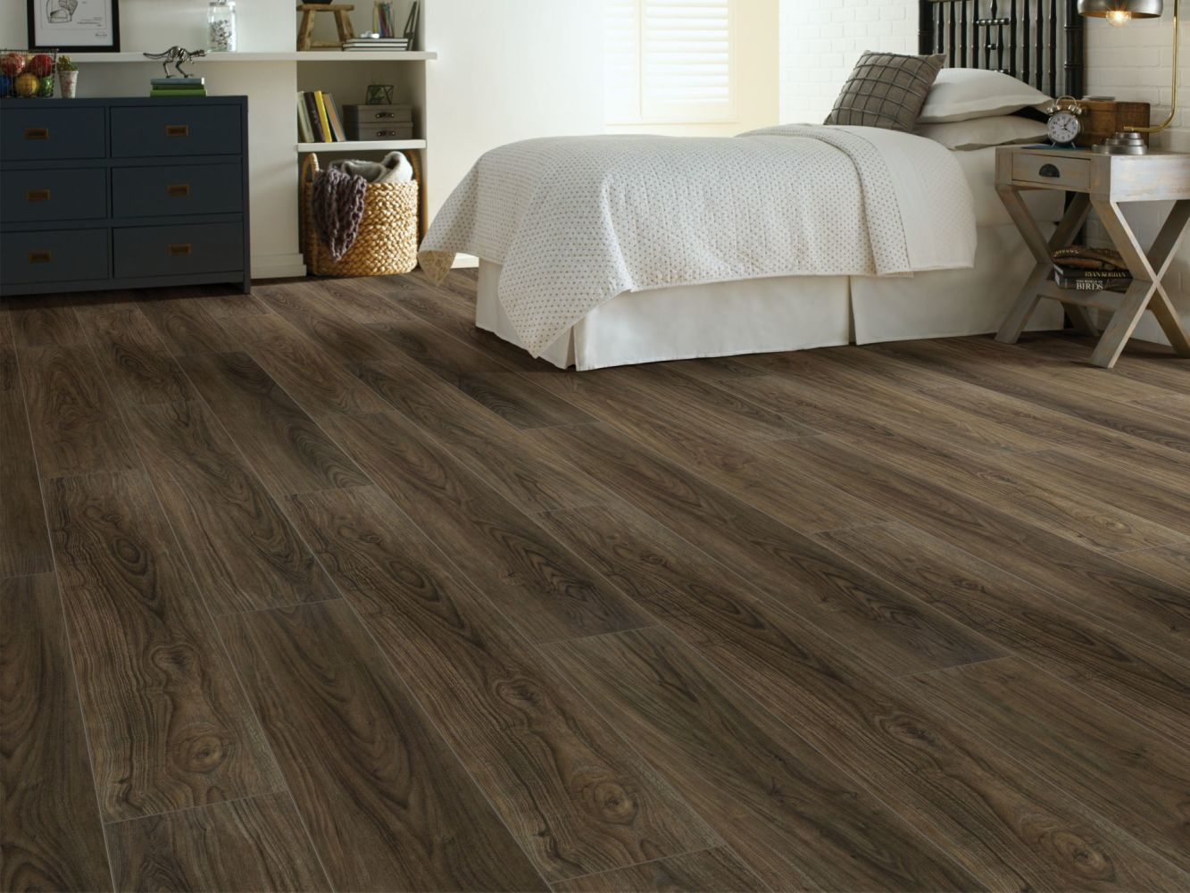 Shaw Floors SFA Awaken Hd+ Accent Vintage Leather 07077_704SA