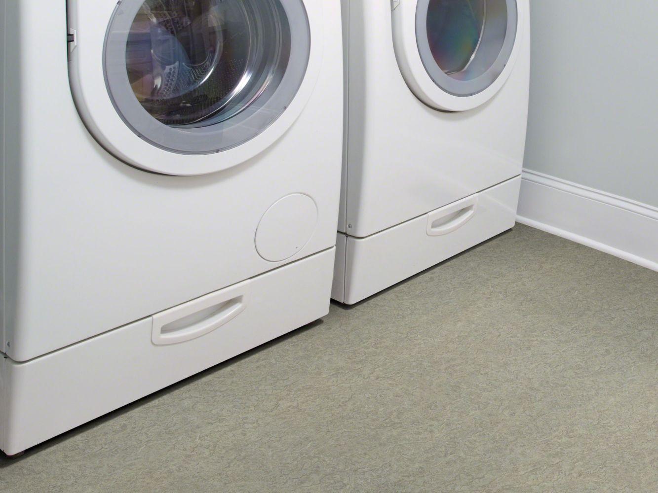Shaw Floors Resilient Residential Henderson Moist Concrete 00592_AR613