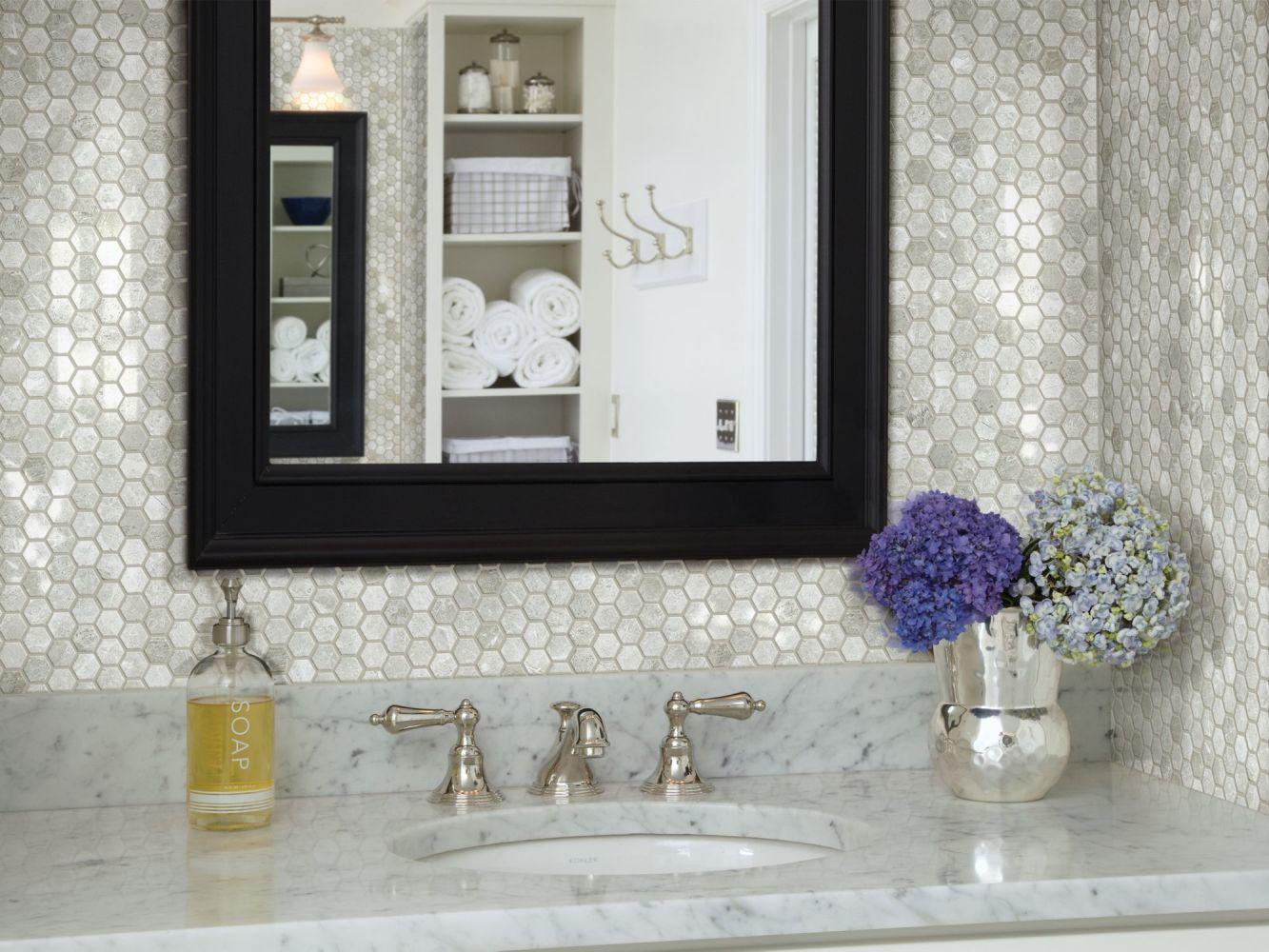 Shaw Floors Ceramic Solutions Rio Hex Plsh Mosaic Ritz Grey 00500_CS05Z