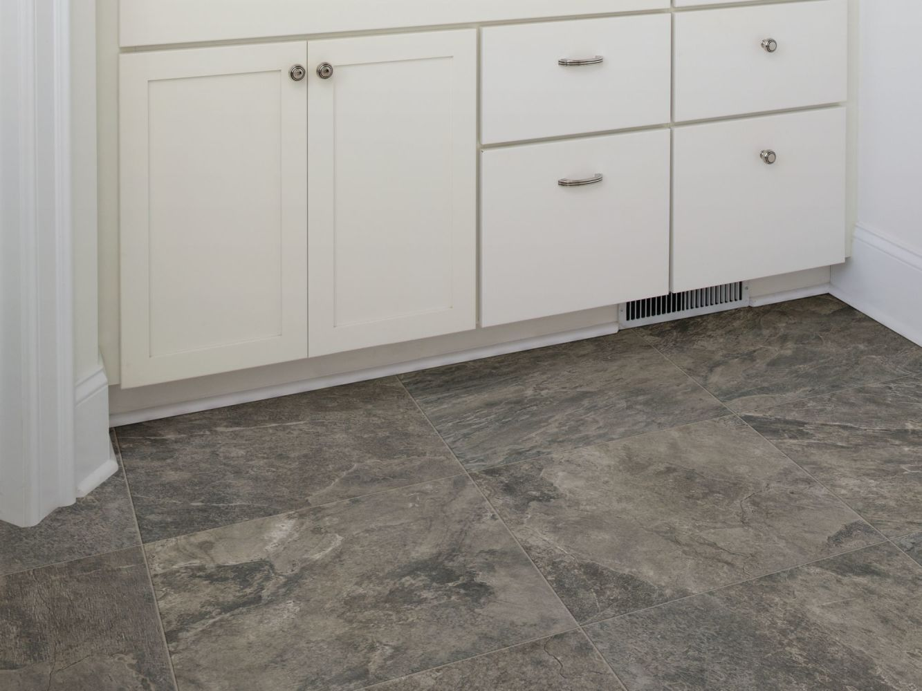 Shaw Floors Ceramic Solutions Artisan 12×24 Ash 00550_CS09V