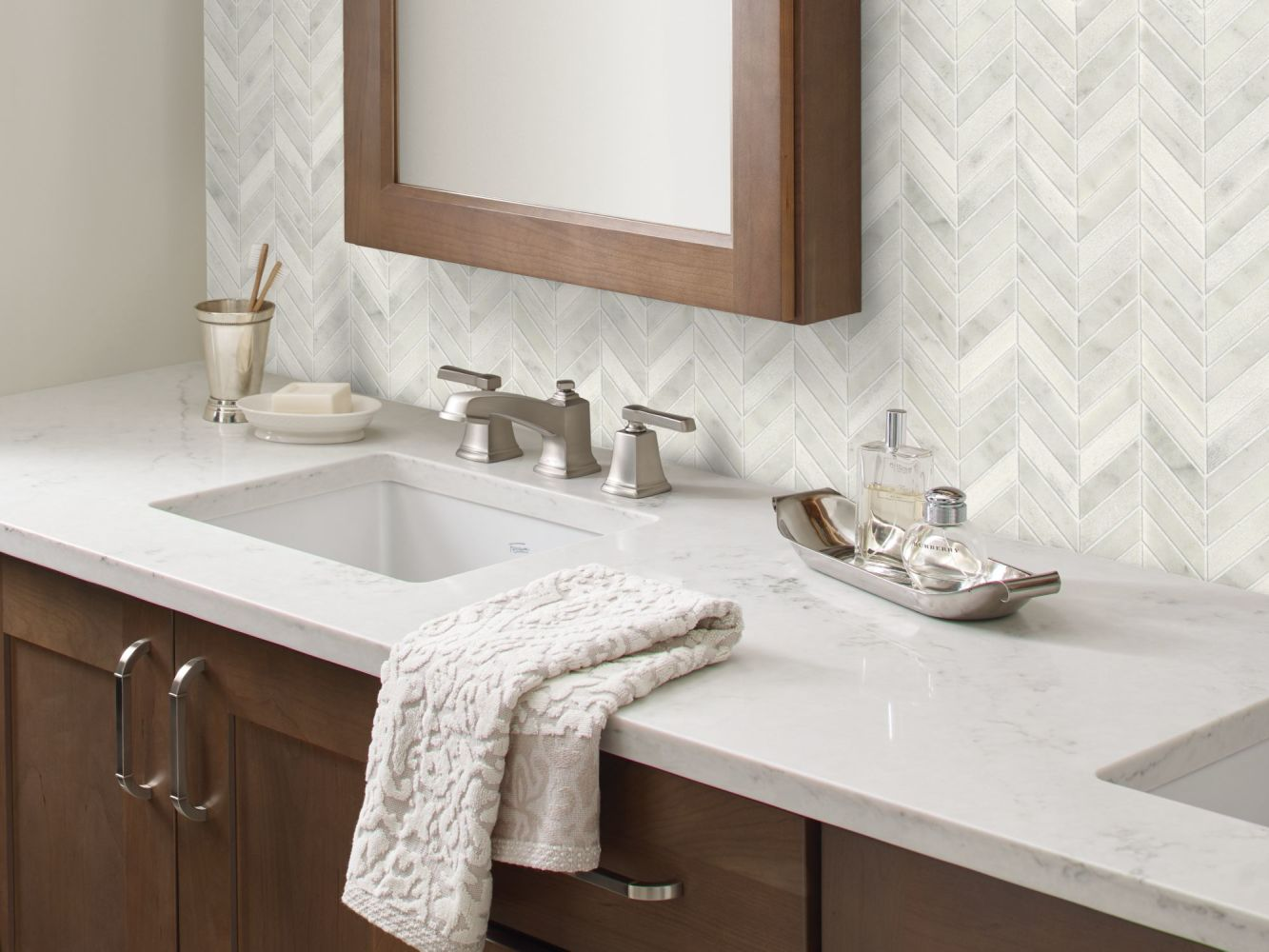 Shaw Floors Ceramic Solutions Boca Chevron Whitewater 00100_CS29X