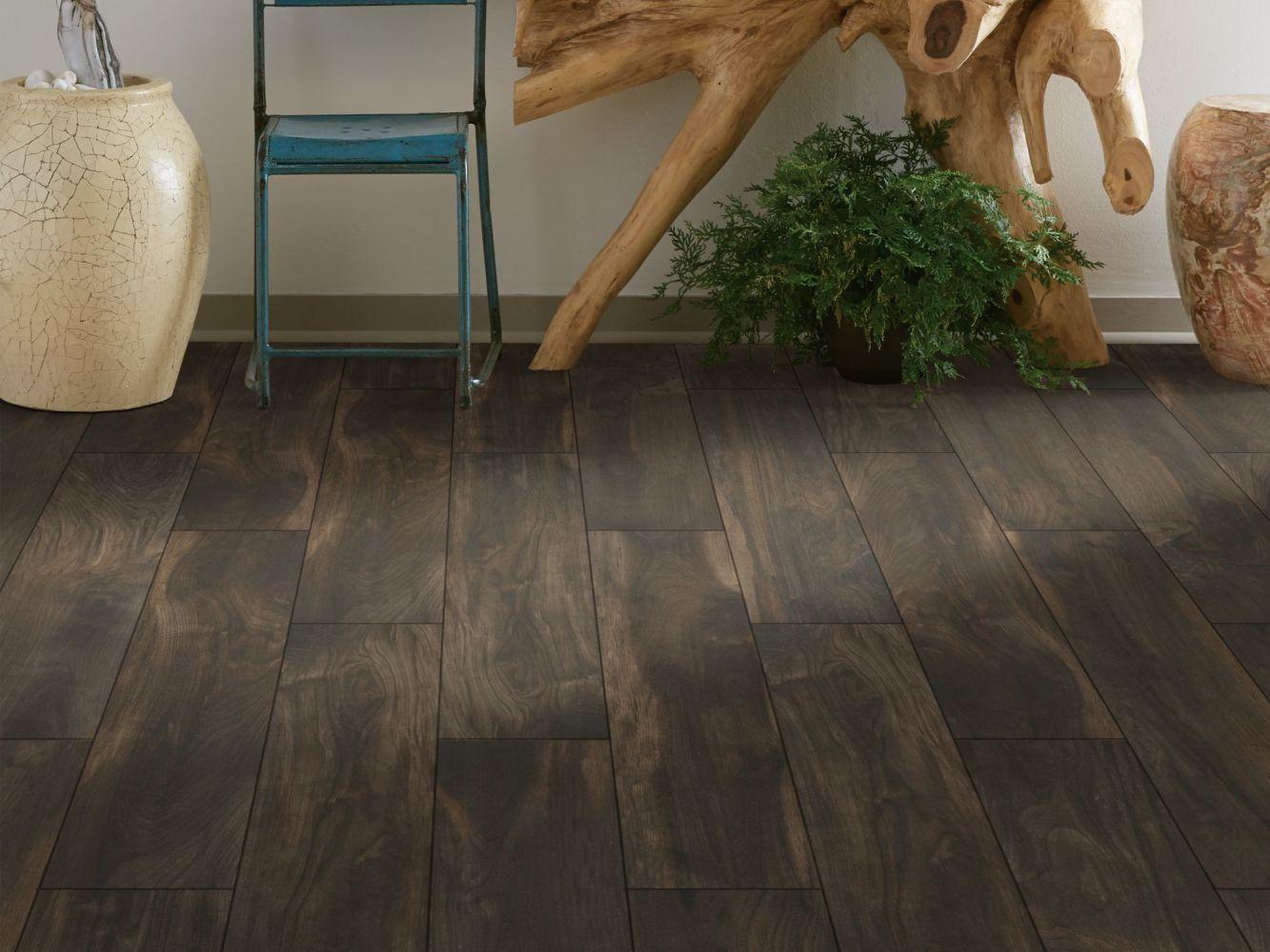 Shaw Floors Ceramic Solutions Heirloom 8 X 36 Silhouette 00770_CS39Z