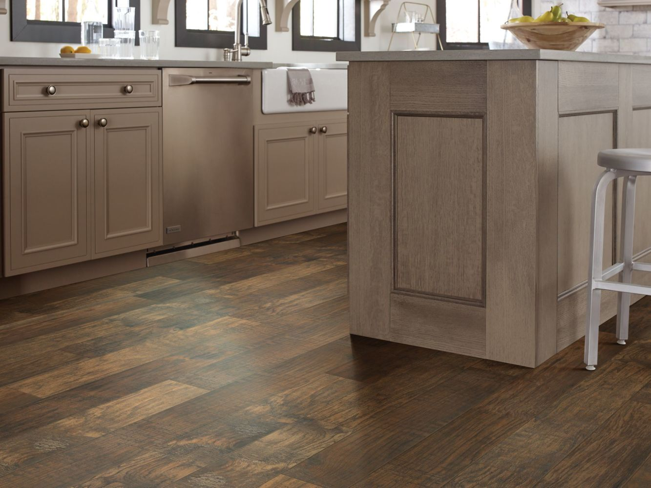 Shaw Floors Ceramic Solutions Hacienda 6×24 Walnut 00770_CS48V