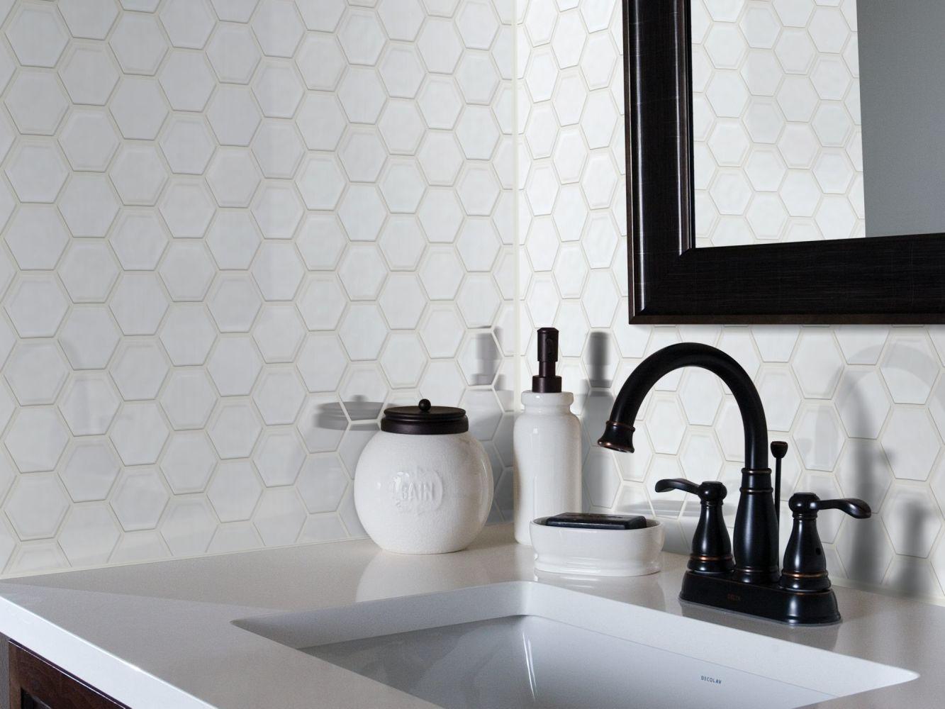 Shaw Floors Ceramic Solutions Geoscapes Hexagon Bone 00150_CS50V