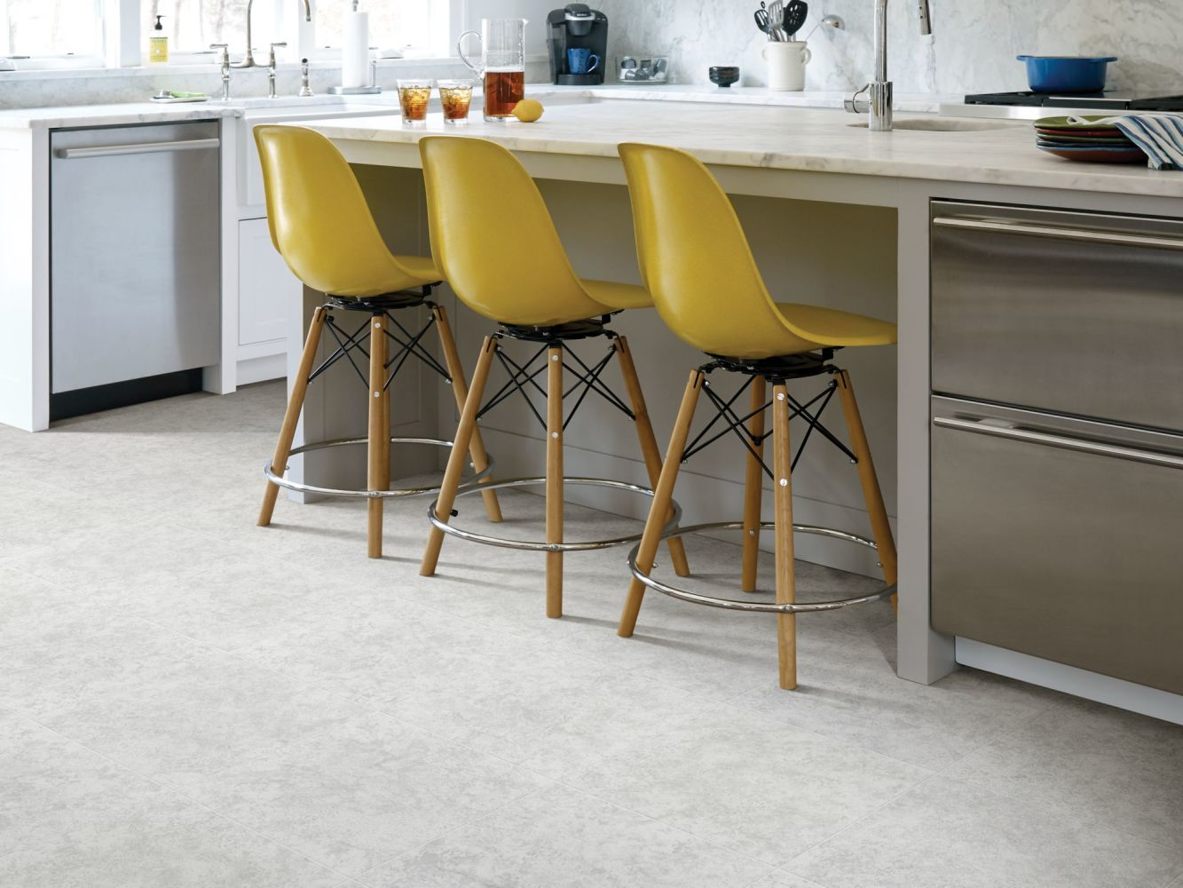 Shaw Floors Ceramic Solutions Empire 17 Surf 00500_CS74Q