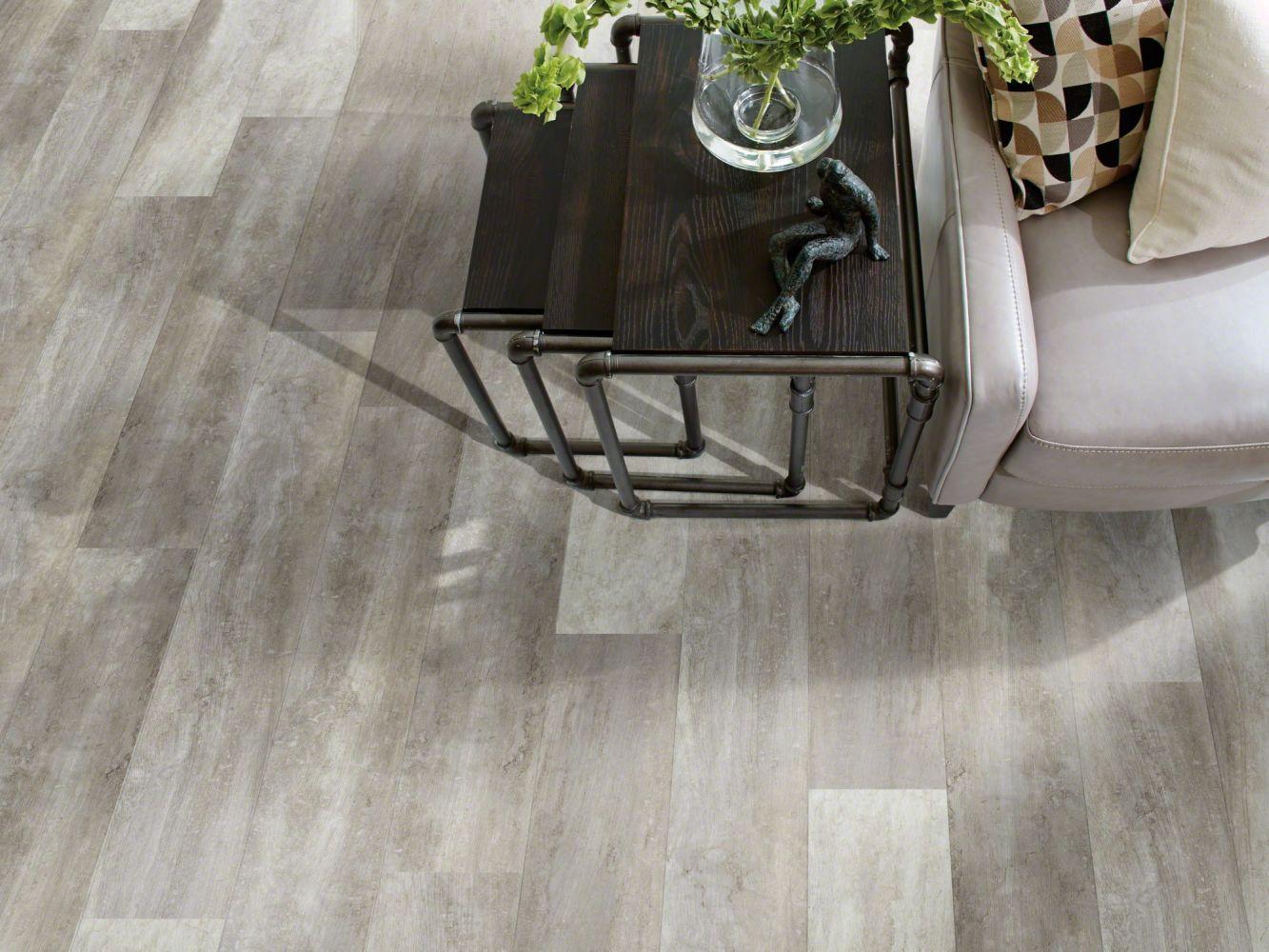 Shaw Floors Dr Horton Ballantyne Plus Click Shadow Oak 00592_DR036