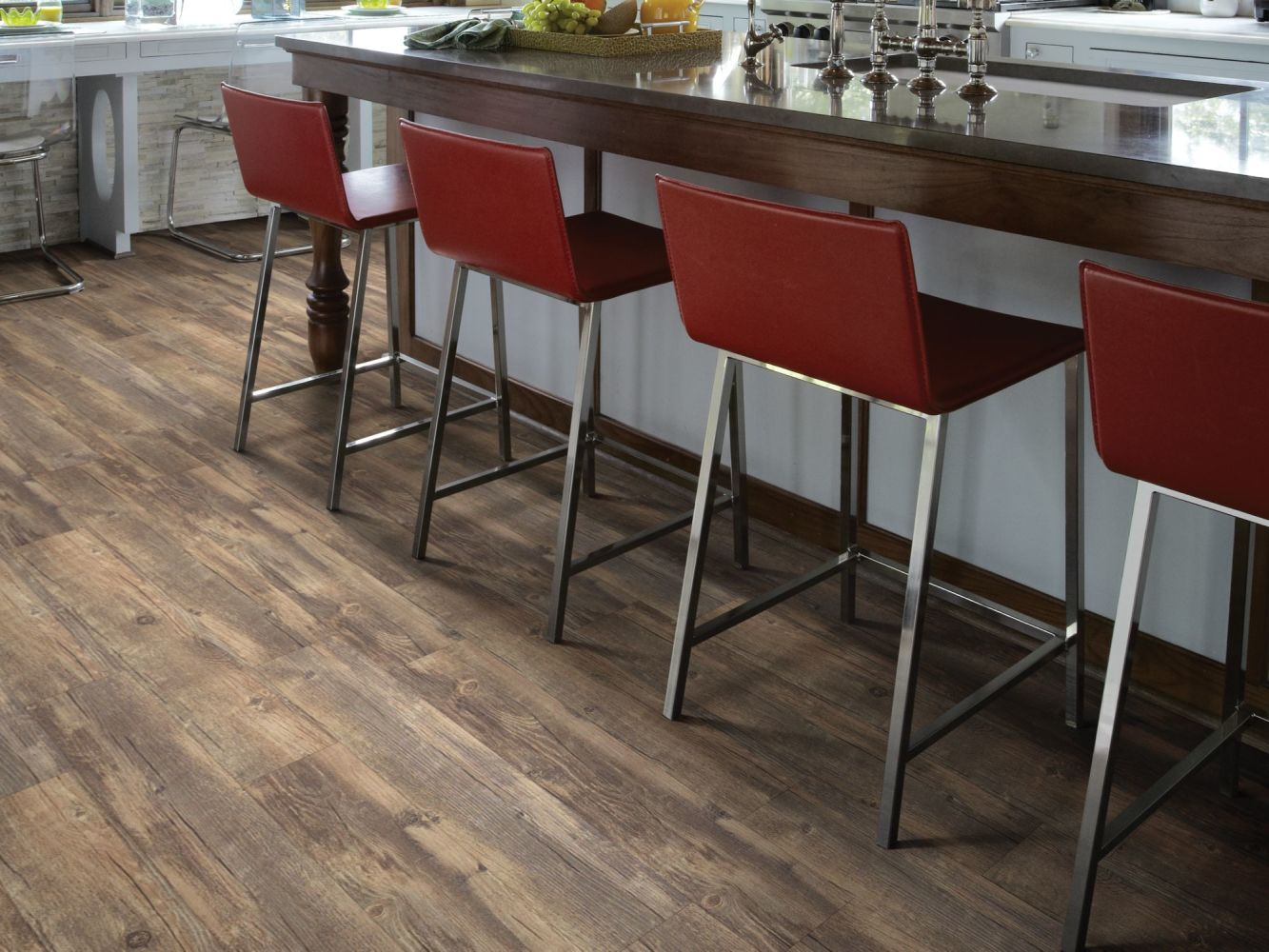 Shaw Floors To Go Hard Surfaces Yorktown Plank 6 Montreal 00744_FR536