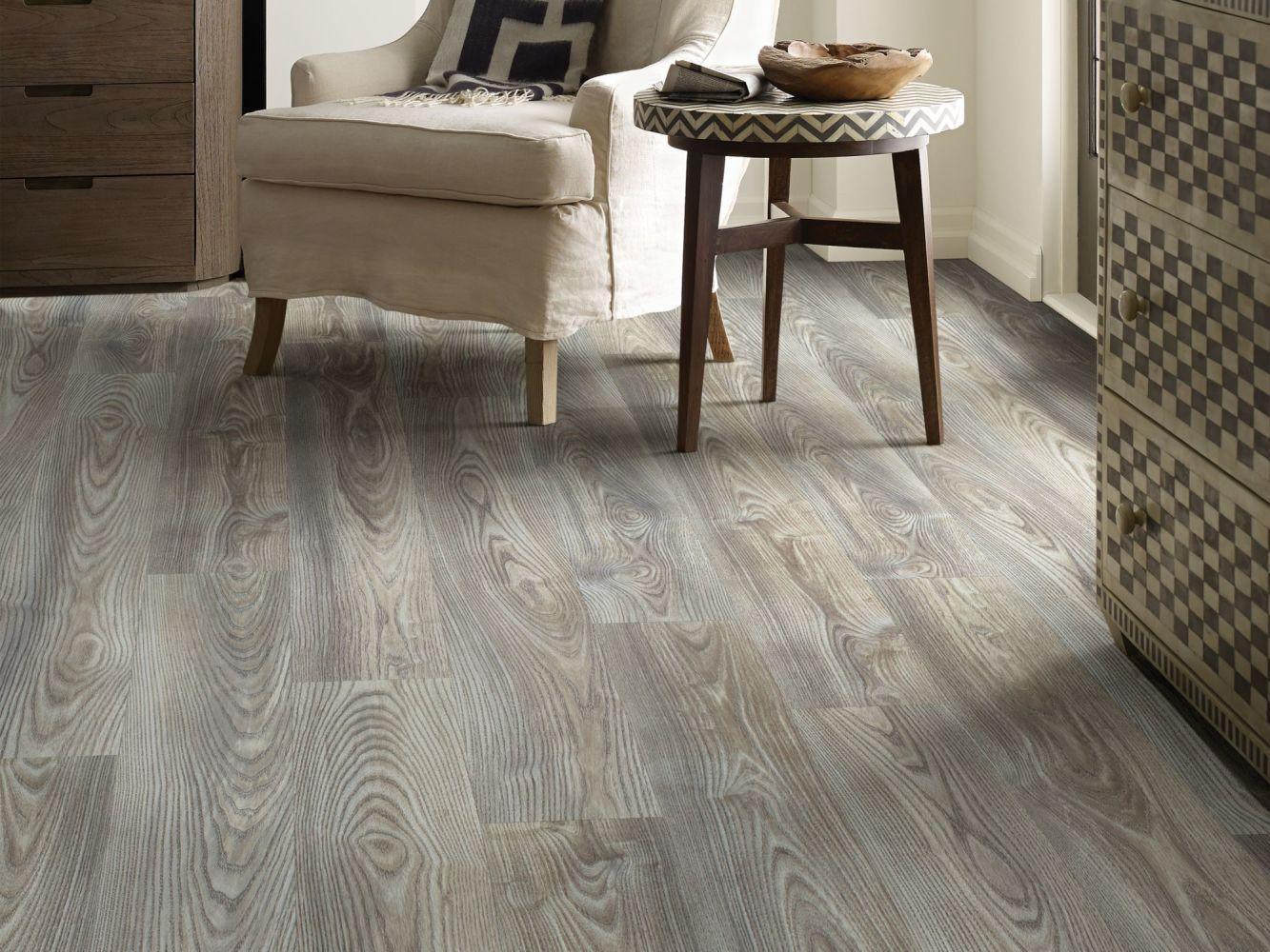 Shaw Floors Travera Plus 20 Grey Chestnut 07062_FR622