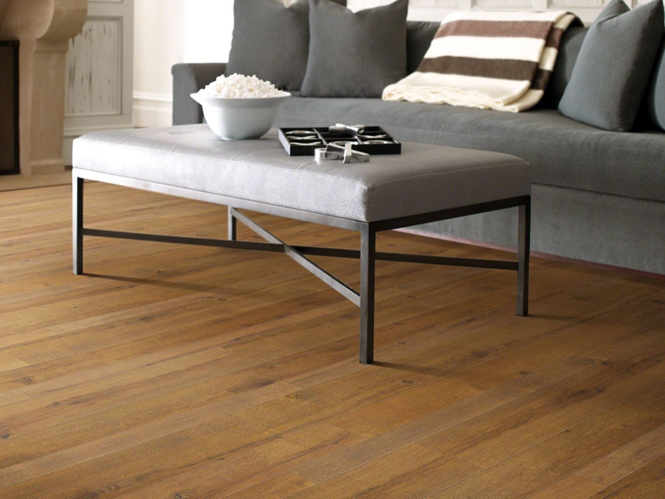 Shaw Floors Home Fn Gold Laminate Home Living Spice Brown 07010_HL086