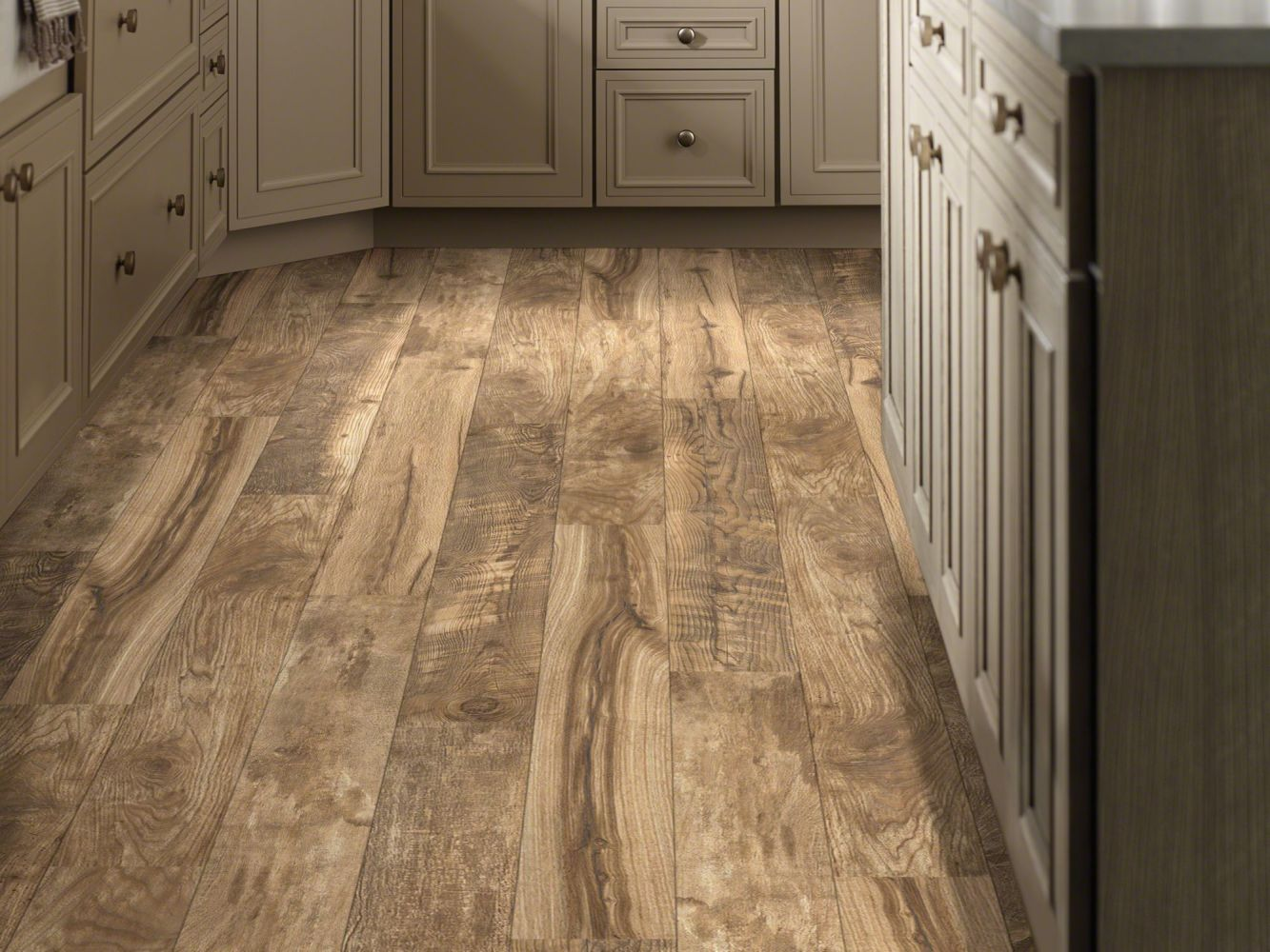 Shaw Floors Home Fn Gold Laminate Apison Composed Gold 02015_HL106
