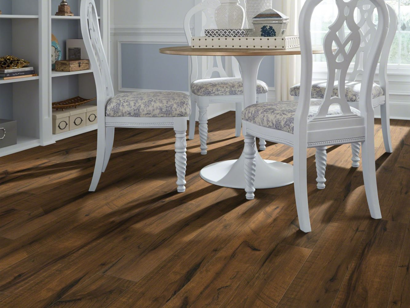 Shaw Floors Home Fn Gold Laminate Treasure Cove Auburn Hickory 07012_HL378