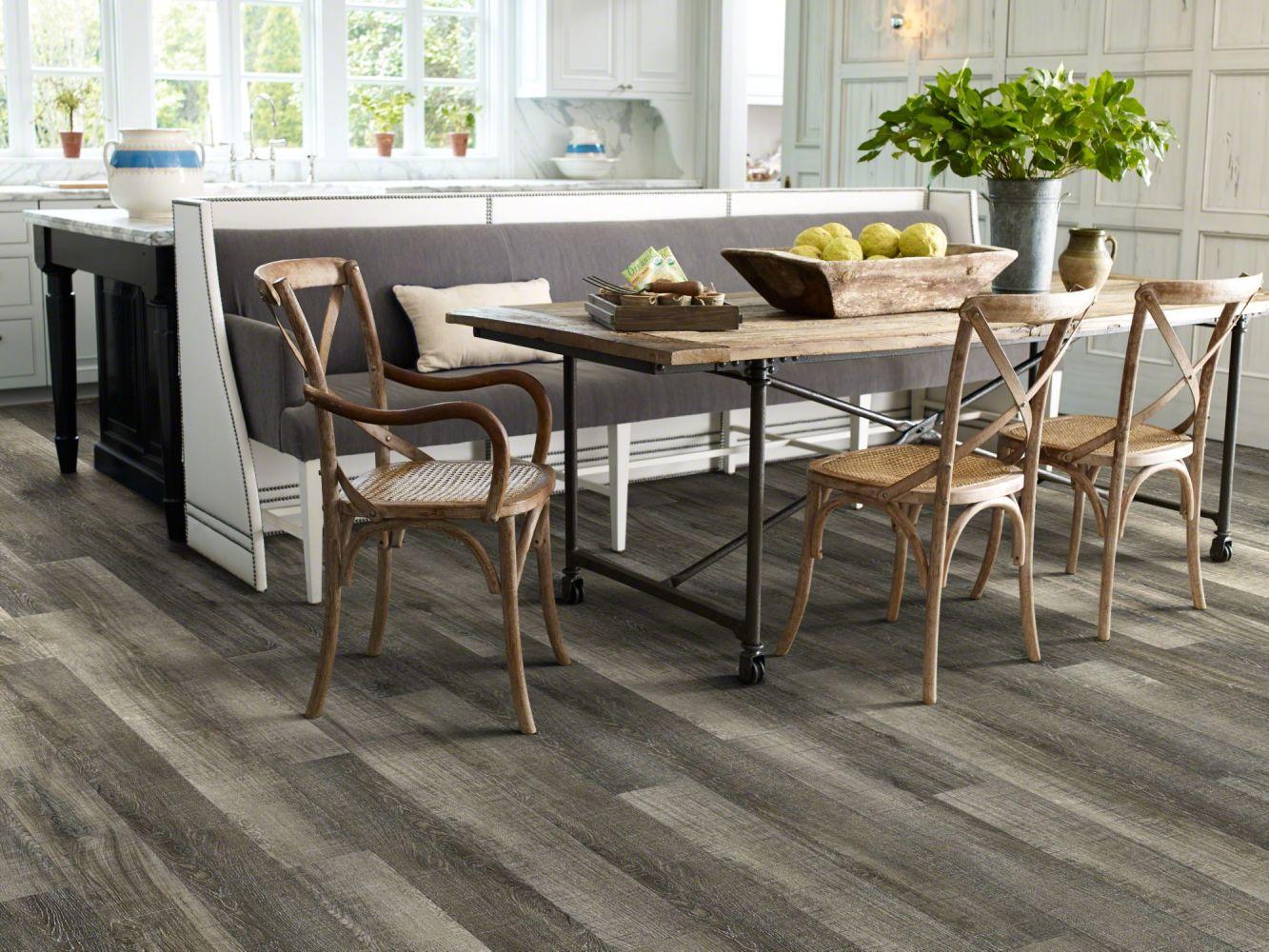 Shaw Floors Resilient Residential San Gorgonio Plus Chiatta 00533_HSS44