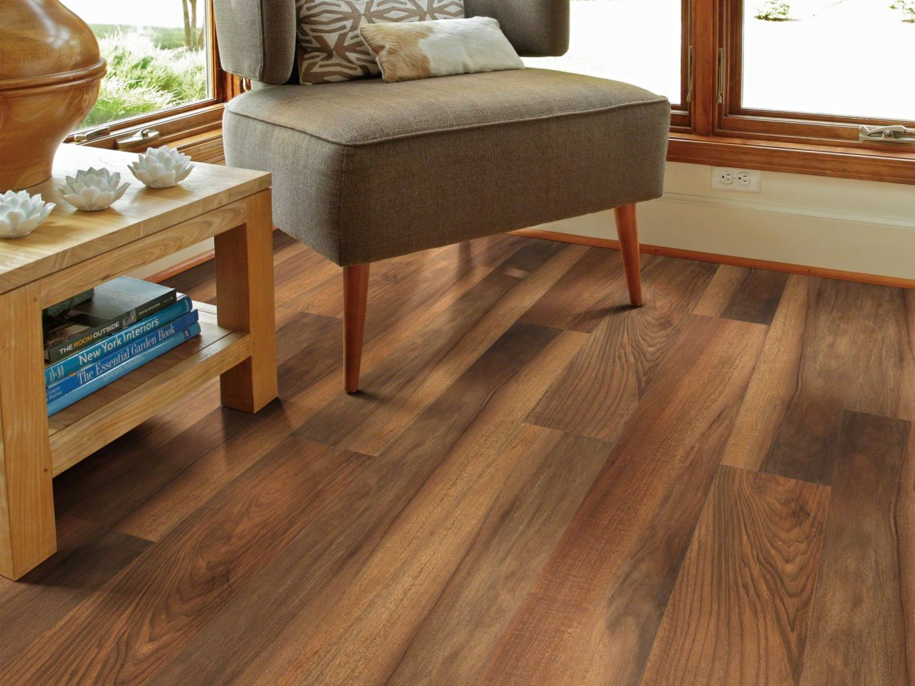 Shaw Floors Resilient Residential Piancavallo Plus Amber Oak 00820_HSS47