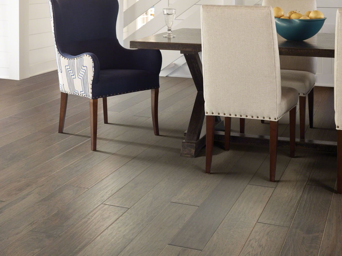Shaw Floors Duras Hardwood West Valley Sterling 05021_HW593