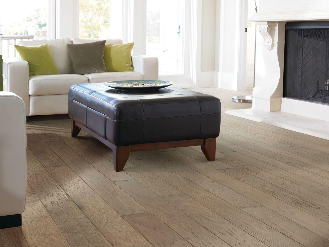 Shaw Floors Home Fn Gold Hardwood Kings Canyon 2 – 6 3/8 Cinnamon 02000_HW601