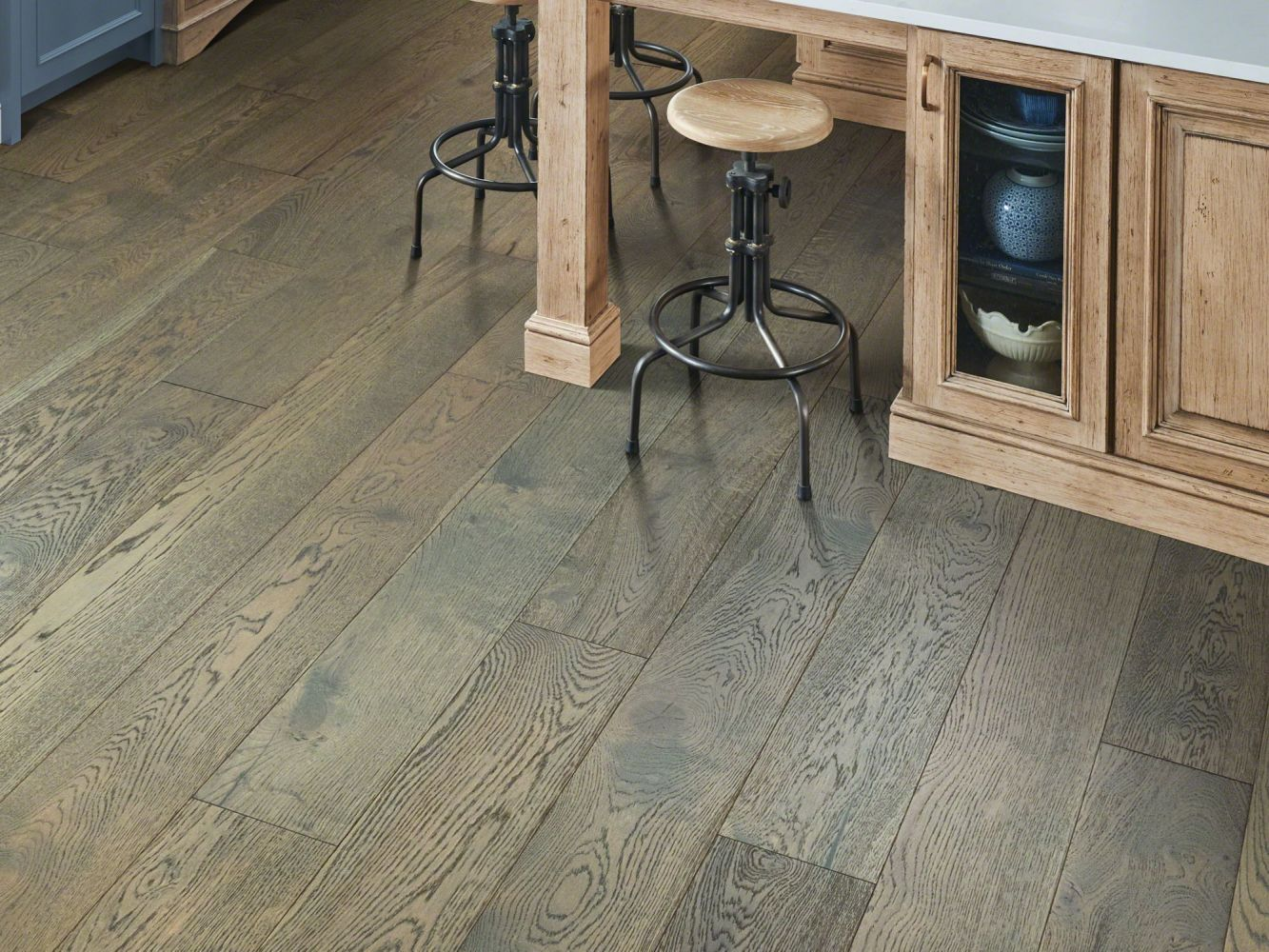 Shaw Floors Home Fn Gold Hardwood Elegance Oak Praline 07038_HW689