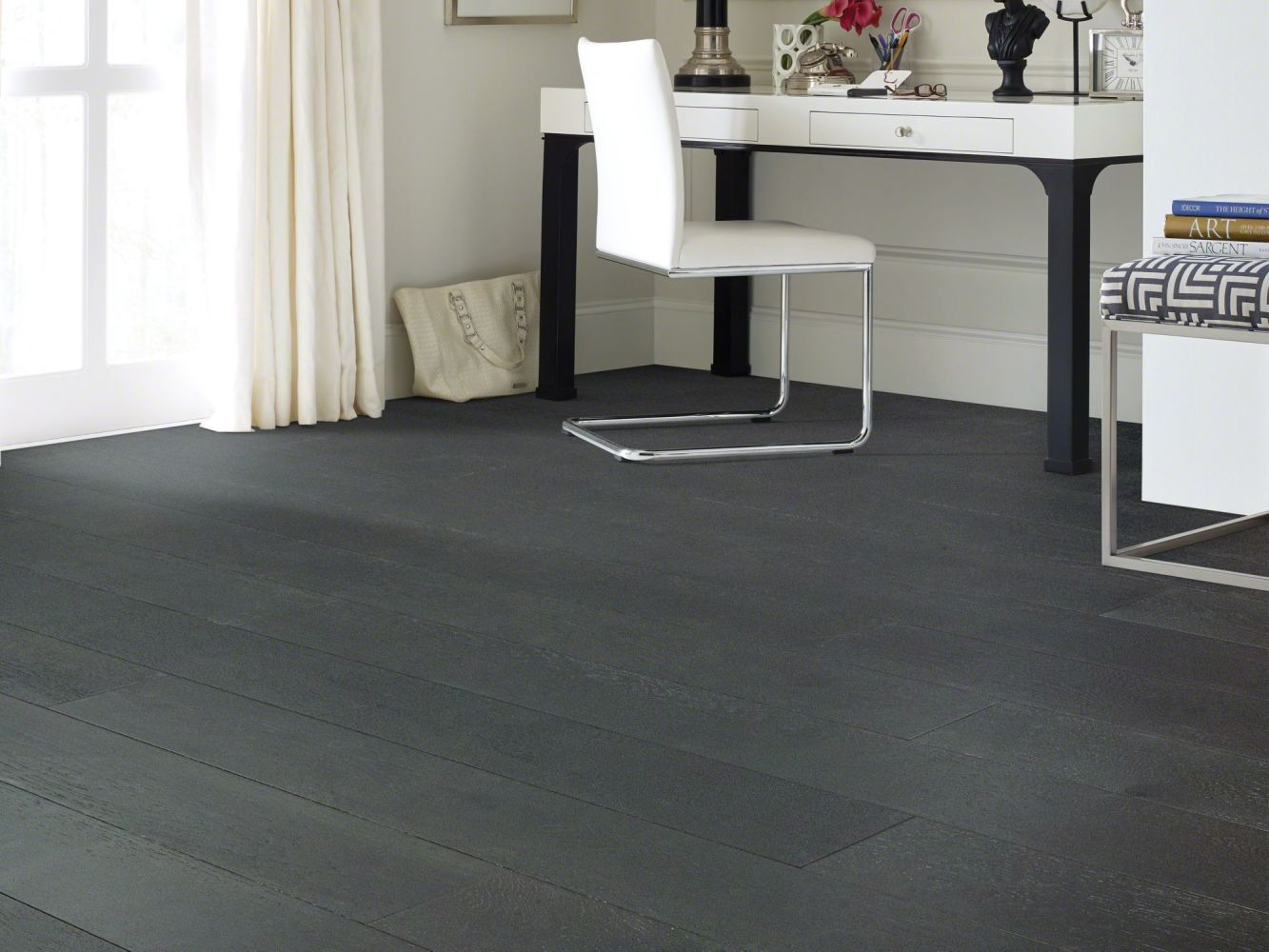Shaw Floors Home Fn Gold Hardwood Elegance Oak Noir 09033_HW689