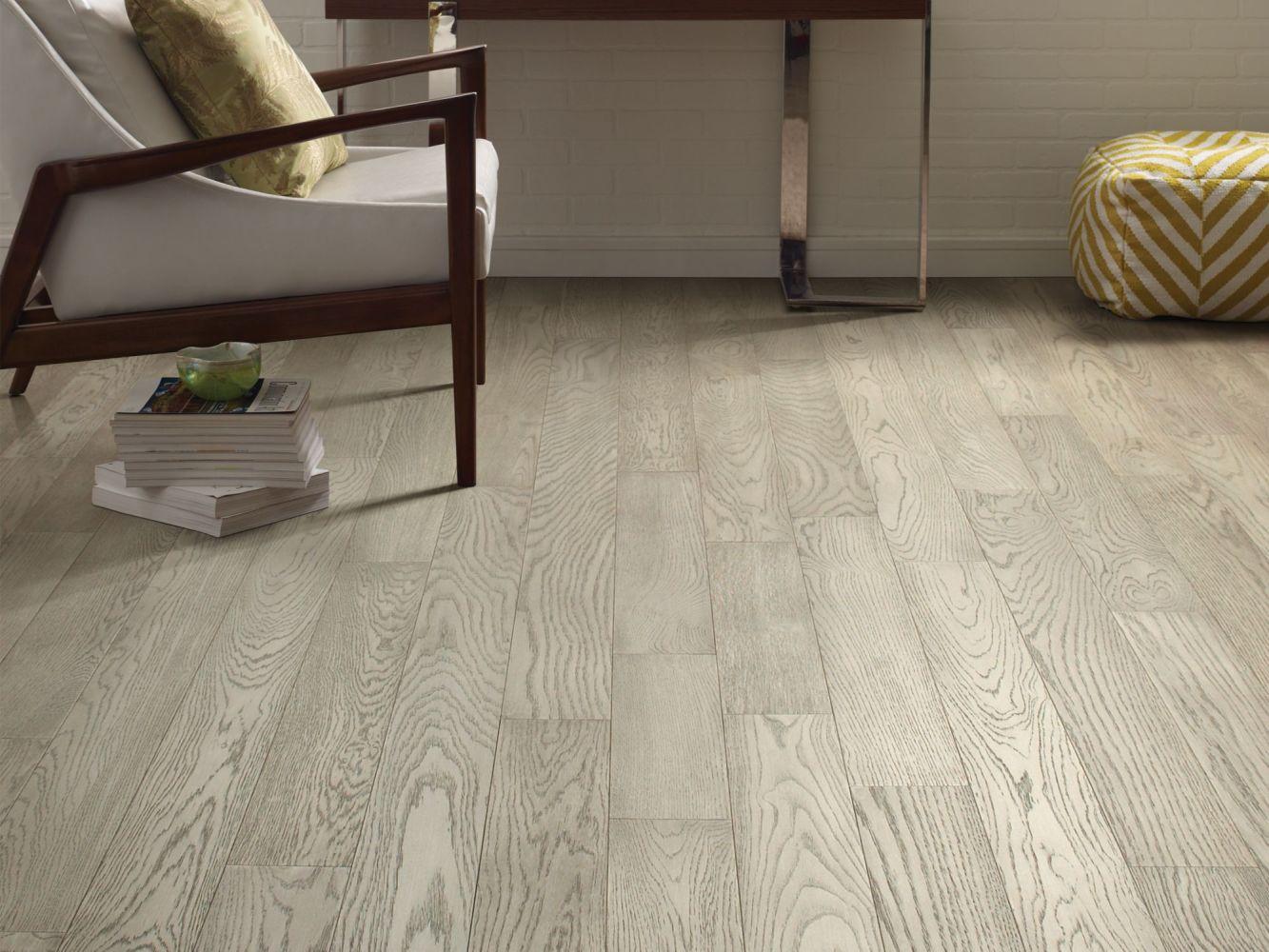 Shaw Floors Home Fn Gold Hardwood Park Avenue Plank Roosevelt 05014_HW704