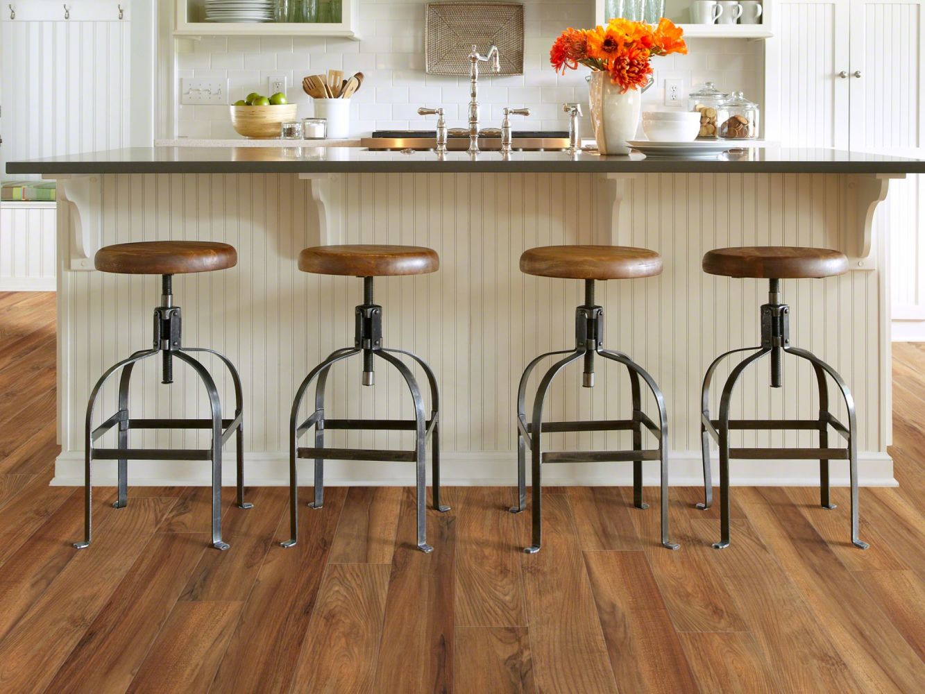 Shaw Floors SFA Mantua Plank Venna 00820_SA609