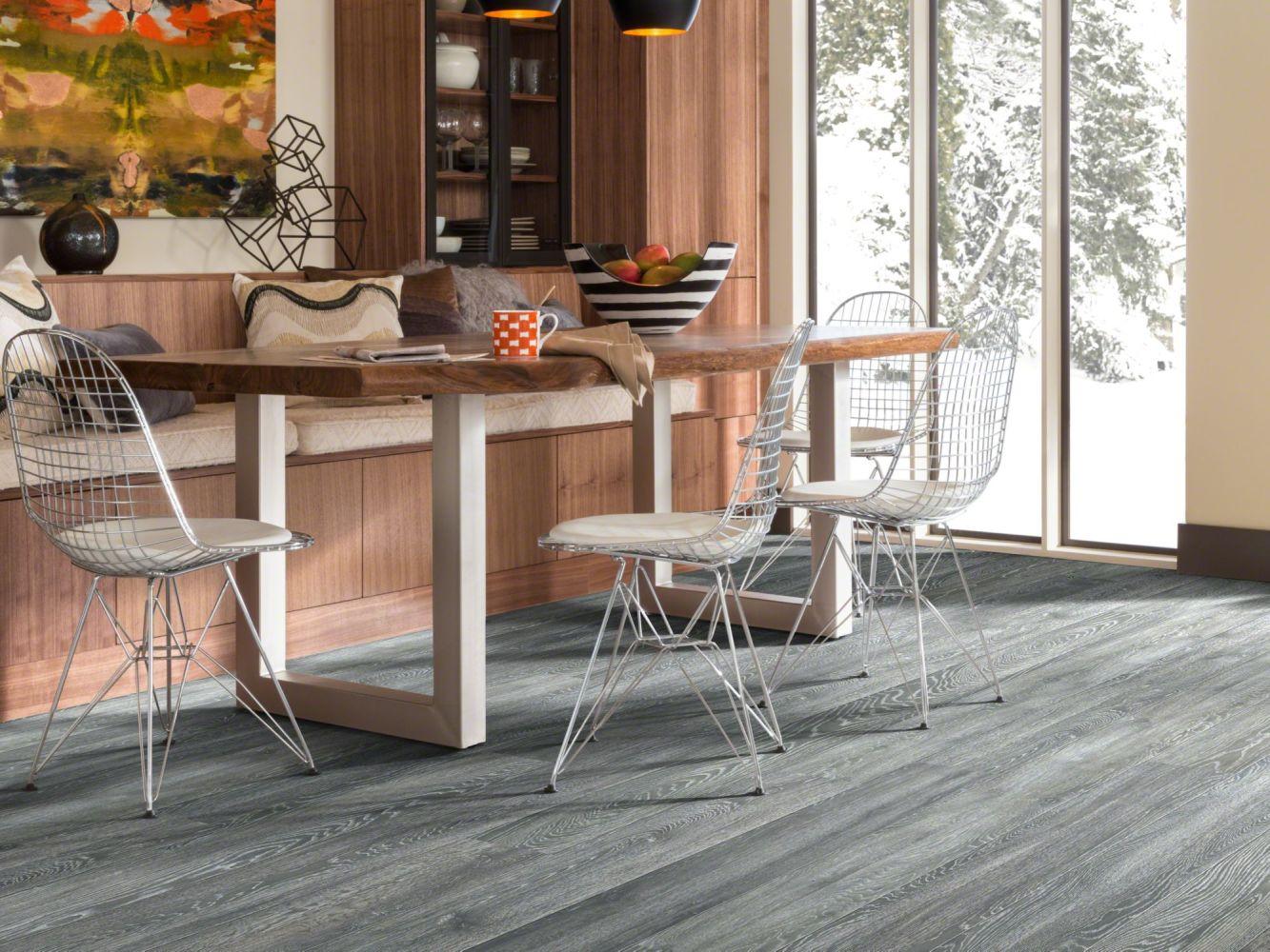 Shaw Floors Versalock Laminate Grand Mountain Mystic Gray Oak 00524_SL094