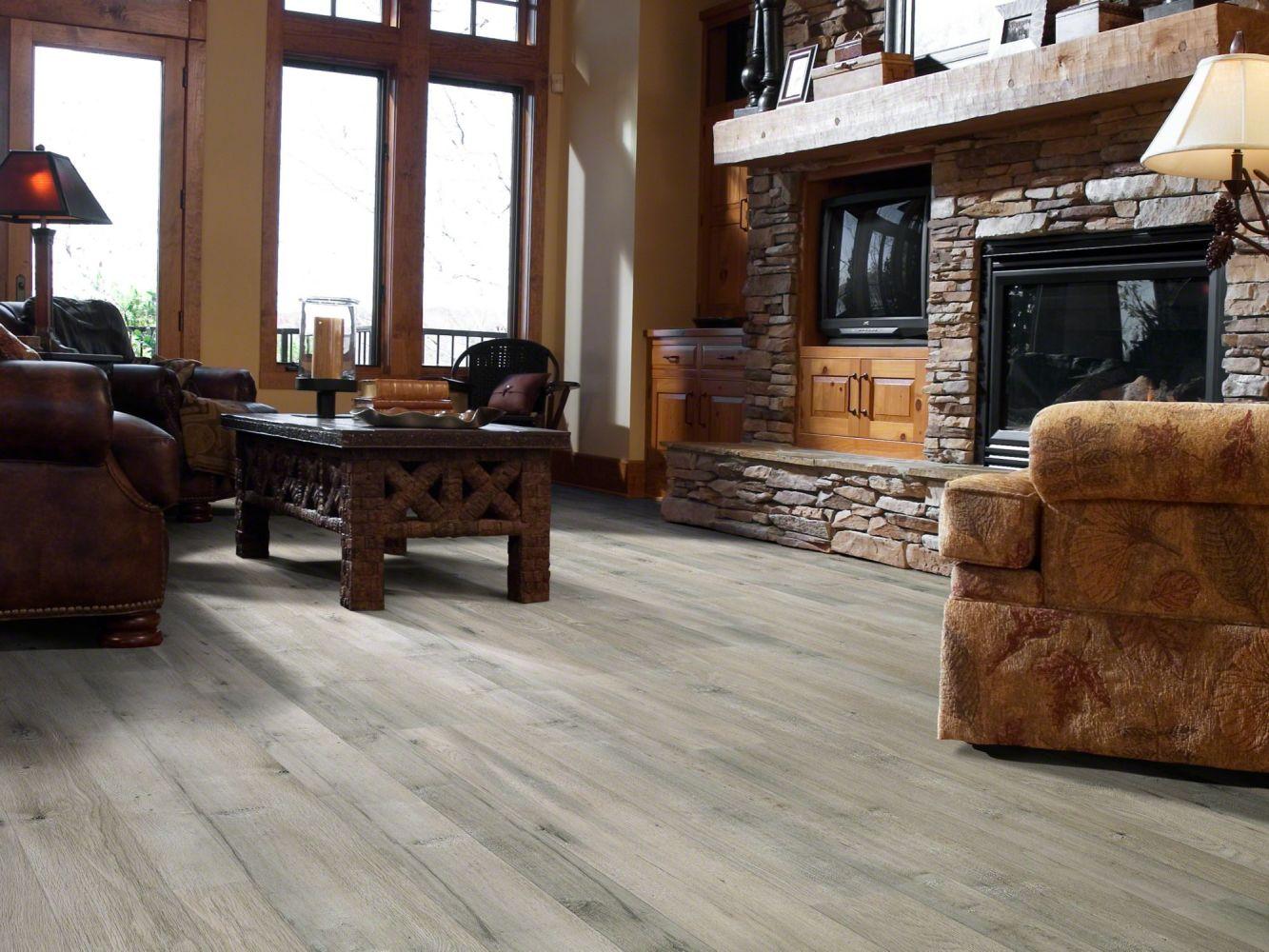 Shaw Floors Versalock Laminate Cascade Classics Alloy 05004_SL102