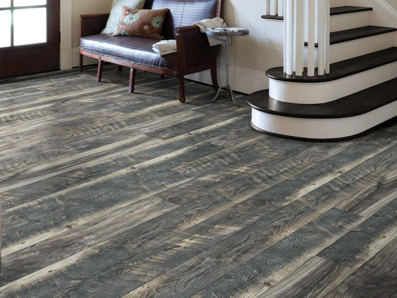 Shaw Floors Versalock Laminate Woodhaven Blended Night 09006_SL106