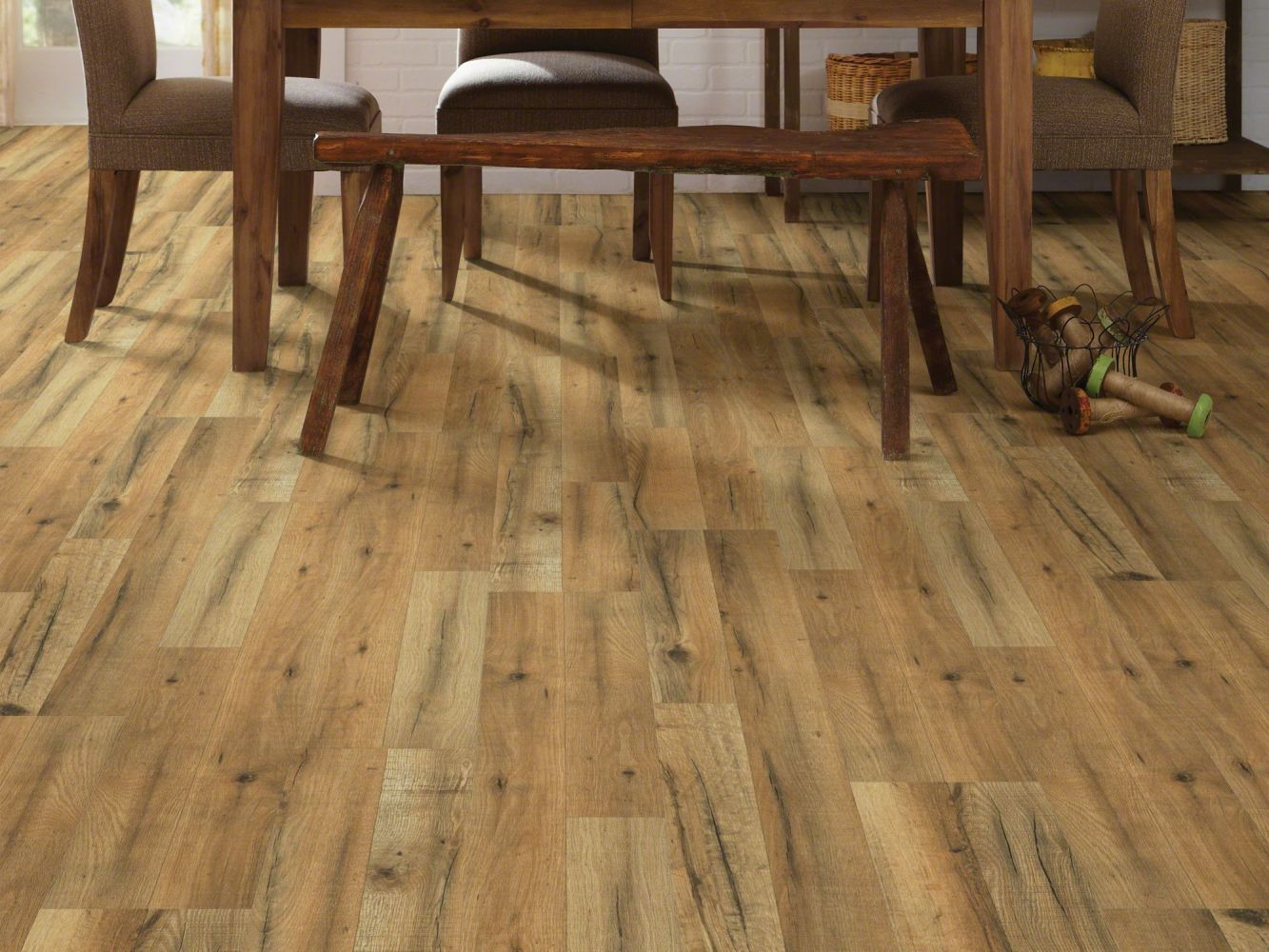 Shaw Floors Versalock Laminate Classic Concepts Orchard Oak 06003_SL111