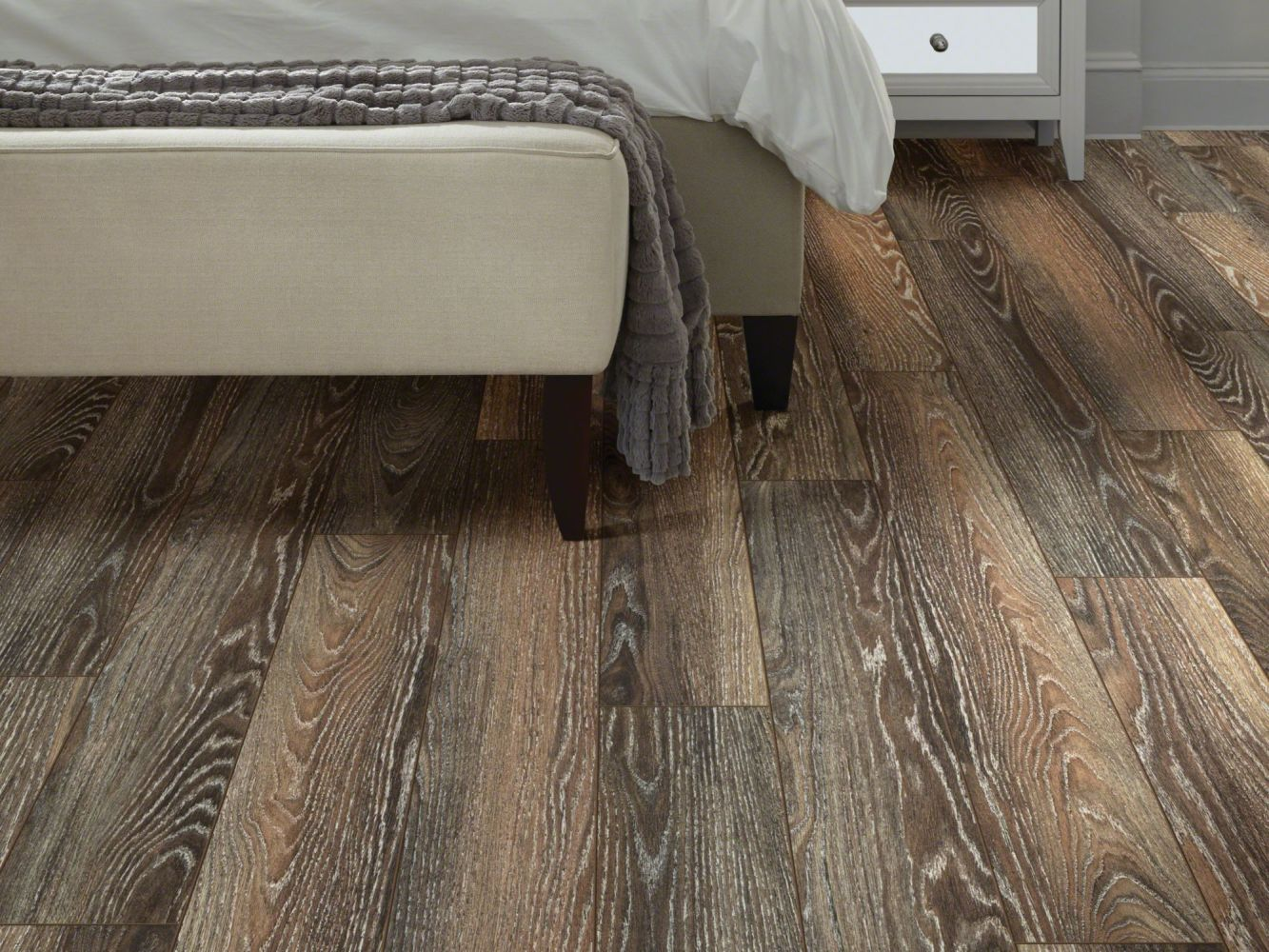 Shaw Floors Versalock Laminate Central Park Manhattan Oak 09007_SL112