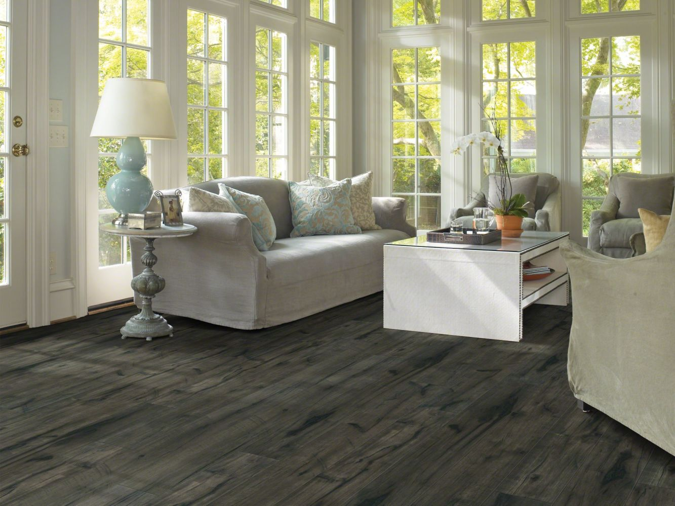 Shaw Floors Versalock Laminate Pinnacle Port Plus Midnight Hickory 09001_SL426
