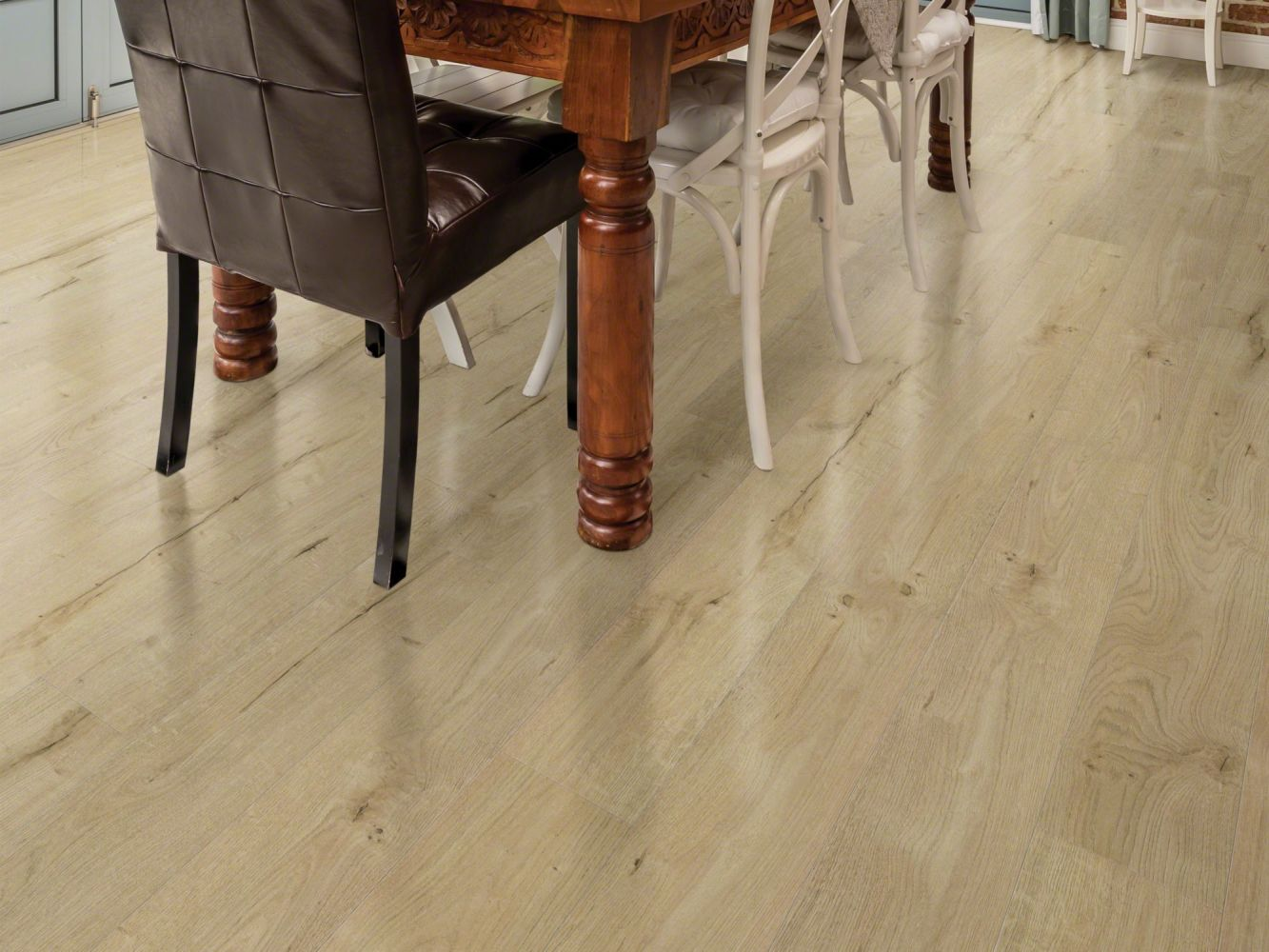Shaw Floors Versalock Laminate Illumination Dusk 01022_SL431